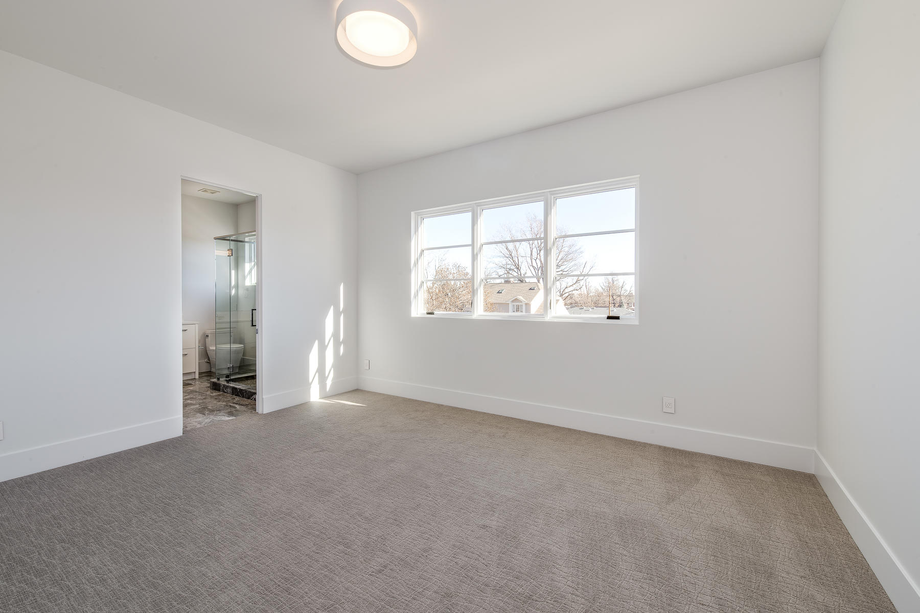 Additional photo for property listing at 1 North Fairfax Street 1 North Fairfax Street Denver, Colorado 80246 United States