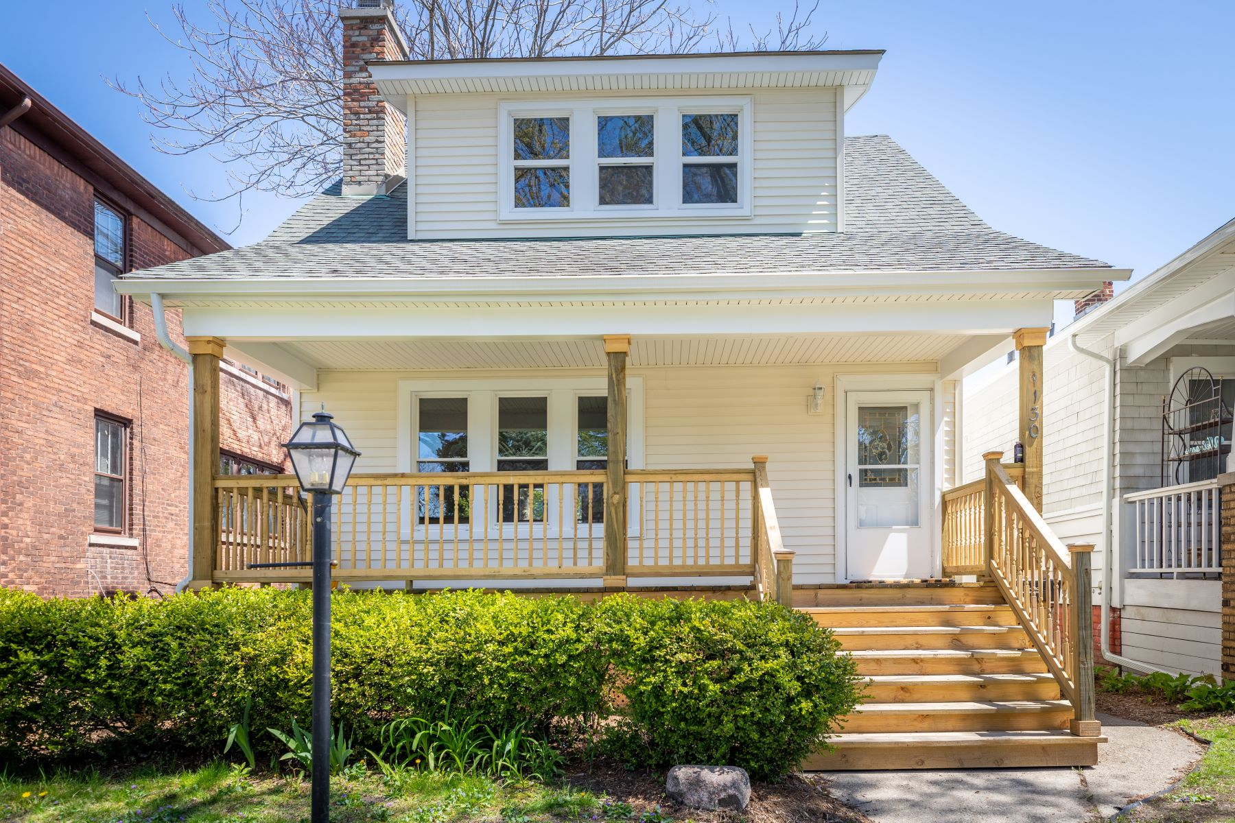 Single Family Homes for Sale at Grosse Pointe Park 1130 Wayburn St Grosse Pointe Park, Michigan 48230 United States