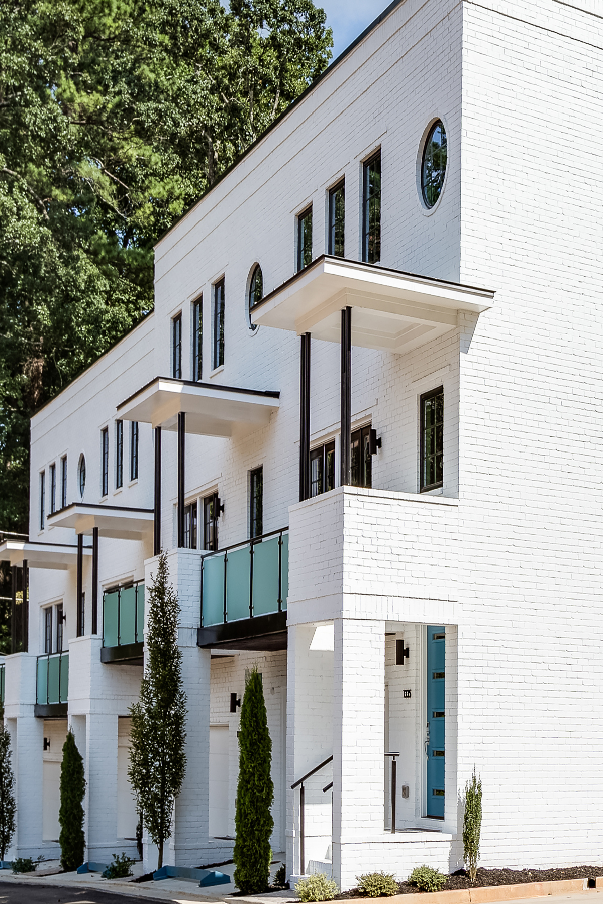 Additional photo for property listing at Stunning Condo Flat in Druid Hills 1494 Red Fox Dr A Atlanta, Georgia 30306 United States