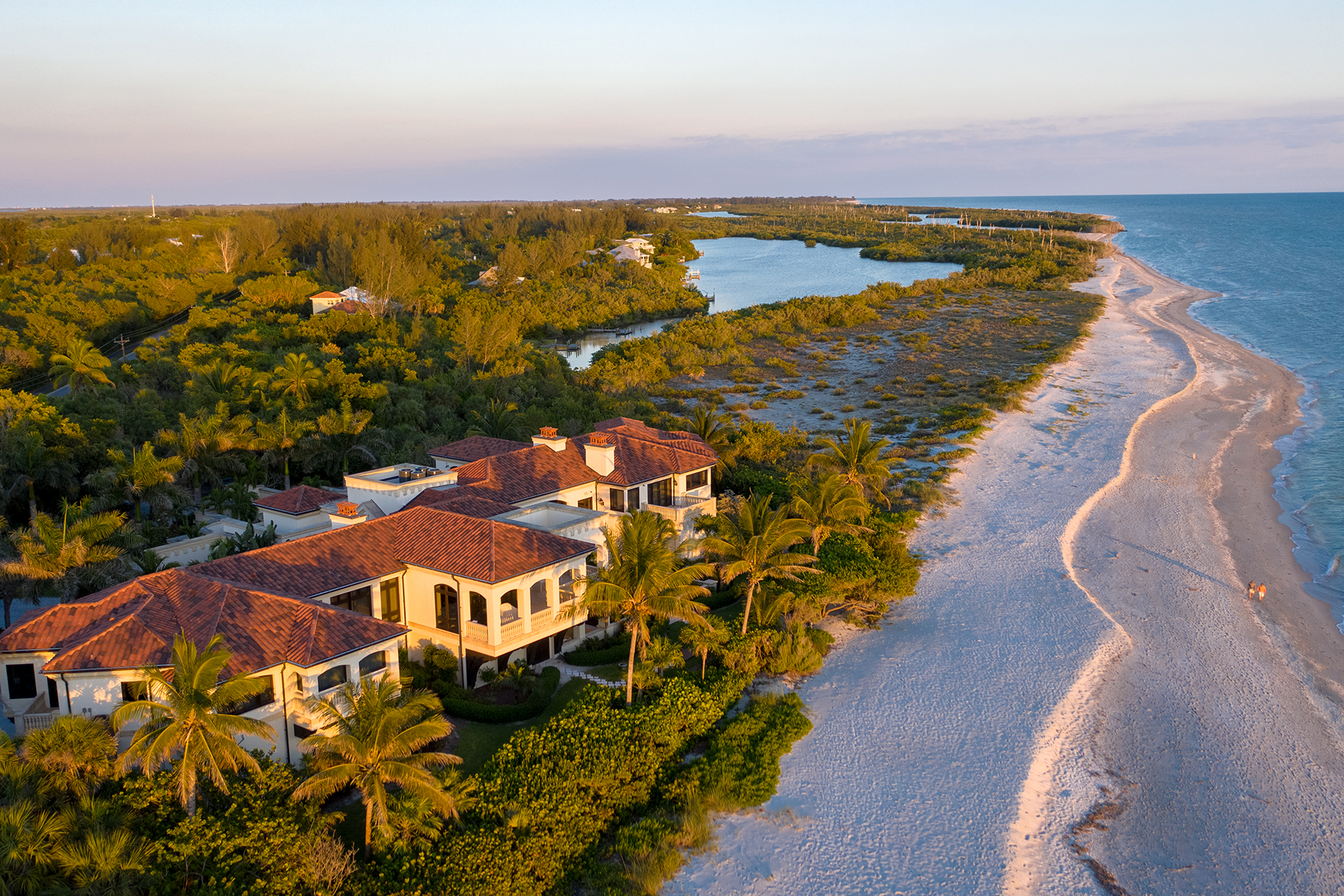 Single Family Homes for Sale at METES AND BOUNDS 6111 Sanibel Captiva Road, Sanibel, Florida 33957 United States
