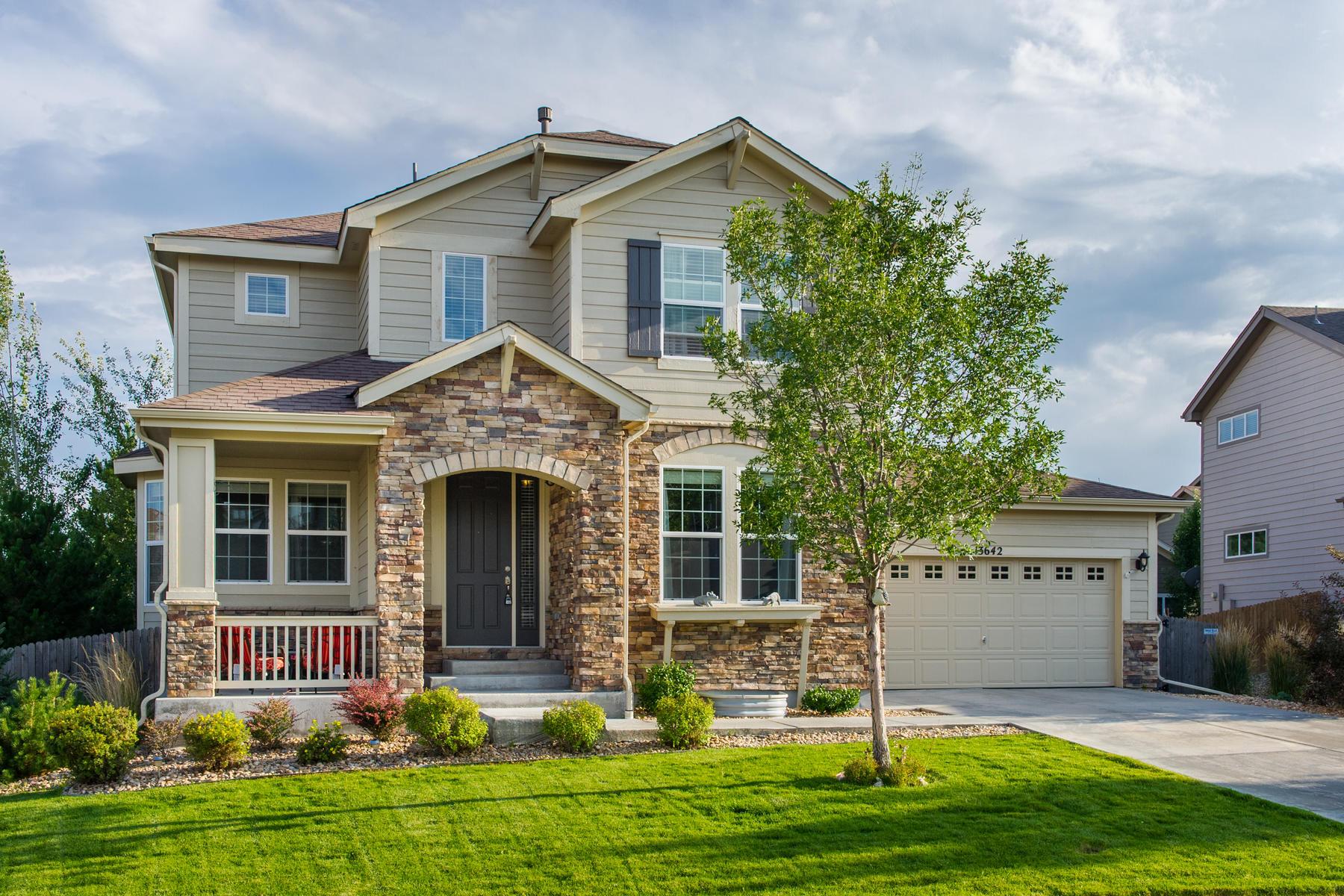 Casa para uma família para Venda às Gorgeous Homestead Hills Home! 13642 Dexter Street Thornton, Colorado, 80602 Estados Unidos