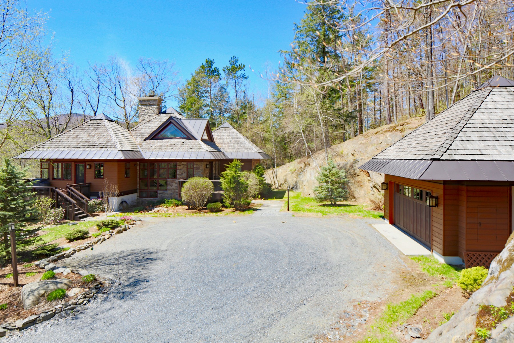single family homes for Sale at Impeccable Arts & Crafts Home 388 Snowy Owl Ln Plymouth, Vermont 05056 United States