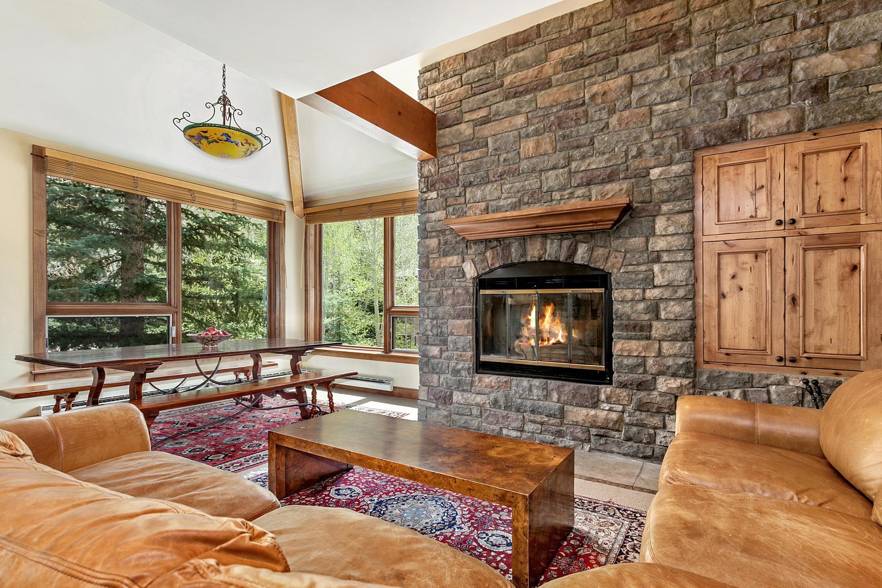 Condomínio para Venda às 1360 Westhaven Drive #4C Cascade Village, Vail, Colorado, 81657 Estados Unidos