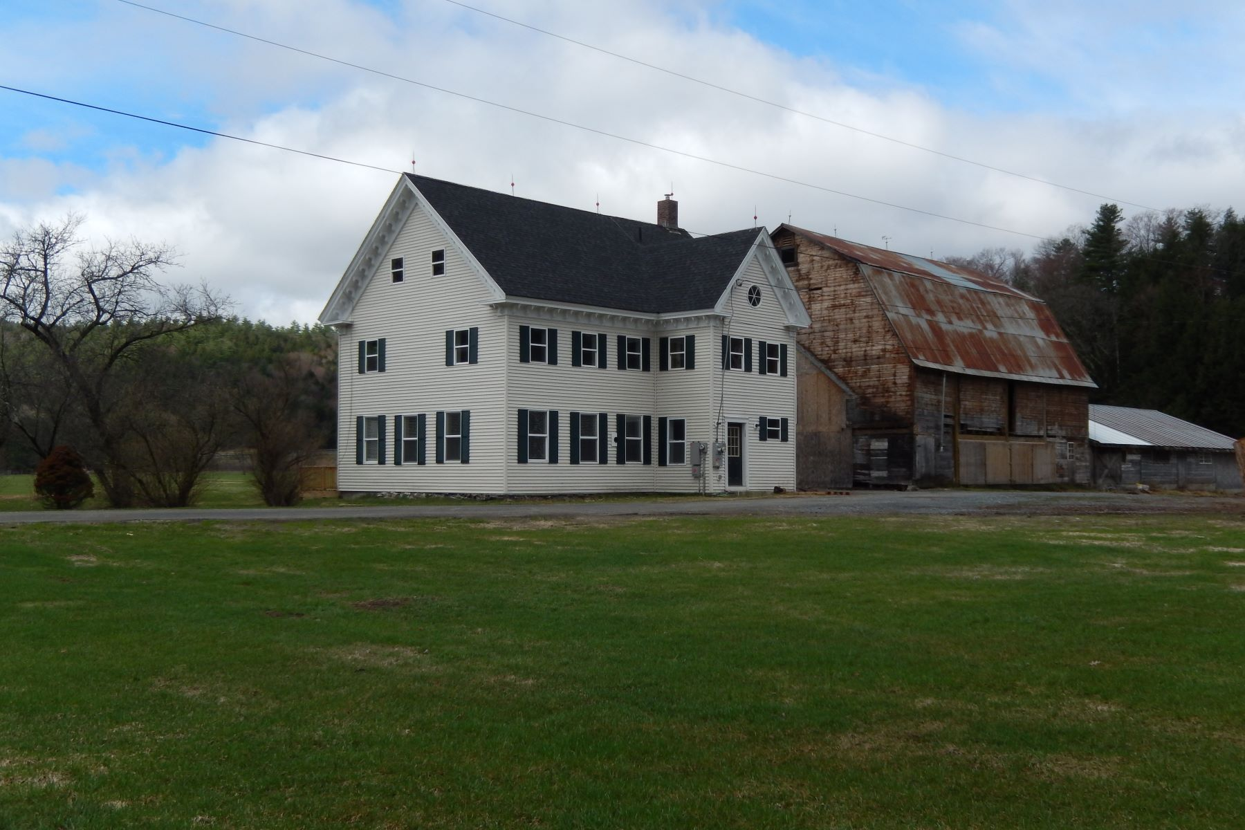 single family homes for Sale at Three Bedroom Historical Colonial in Fairlee 1671 Us Route 5 North Fairlee, Vermont 05045 United States