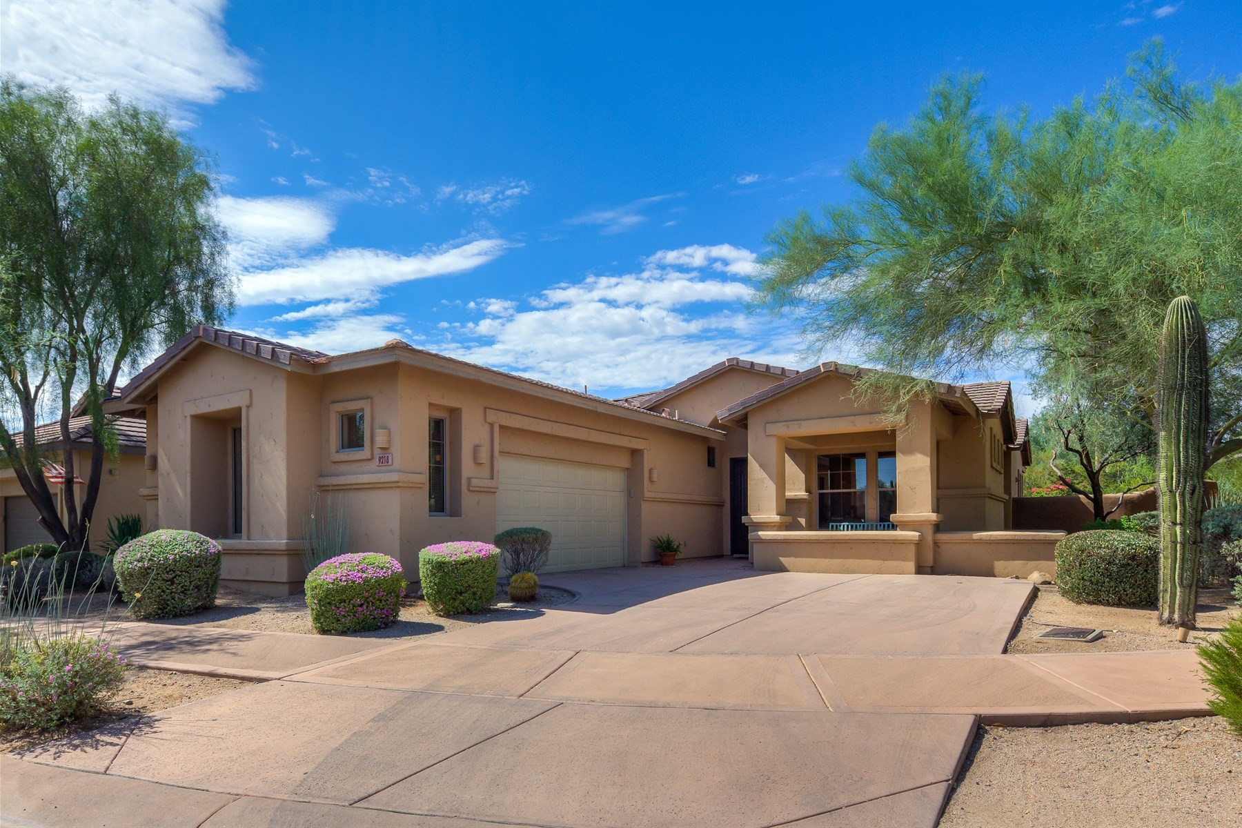 Частный односемейный дом для того Продажа на Lovely modern Scottsdale home in DC Ranch 9218 E Rusty Spur Pl Scottsdale, Аризона, 85255 Соединенные Штаты
