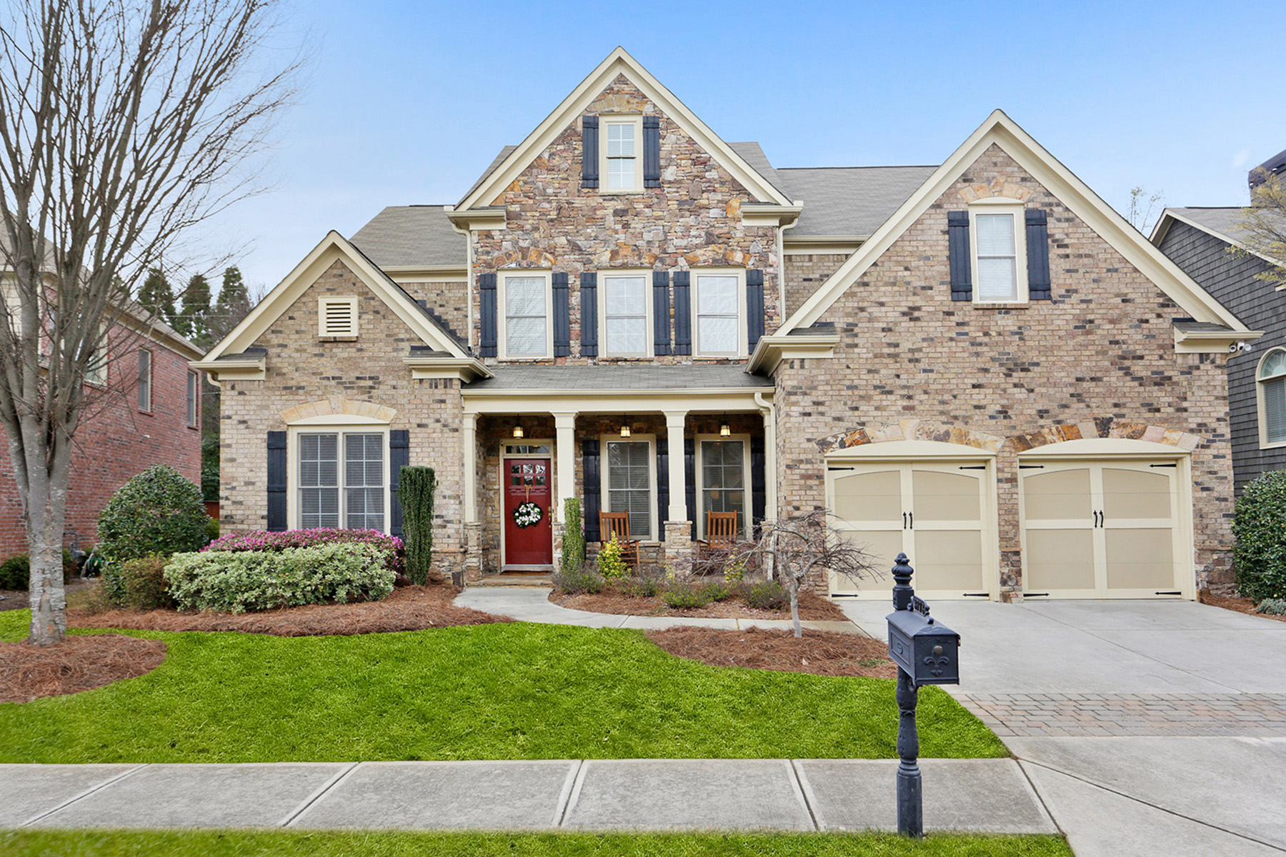 Single Family Homes for Active at Meticulously Maintained Home In Perfect Location In Sought After Swim Community 3778 Wakefield Hall Square SE Smyrna, Georgia 30080 United States
