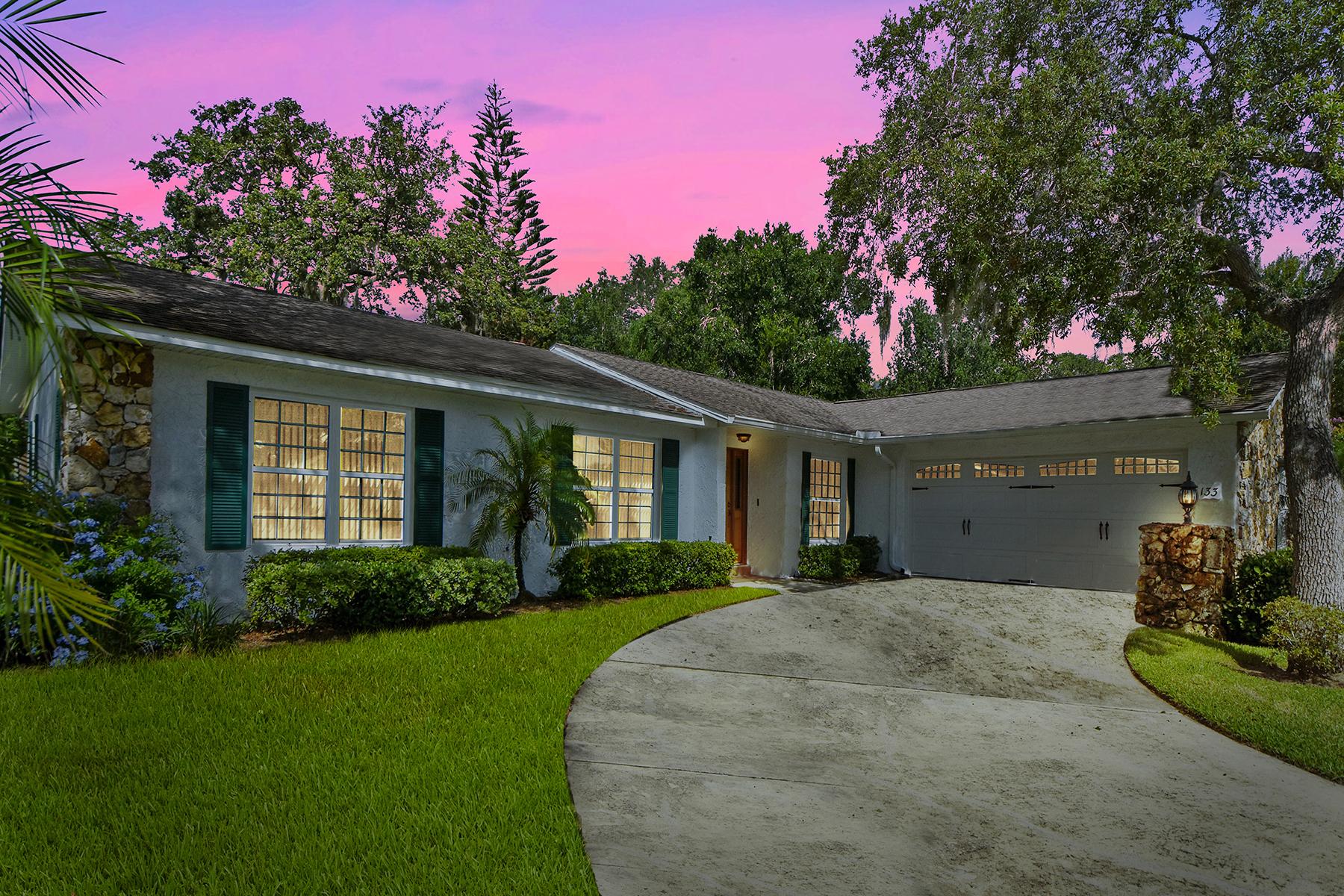 Enfamiljshus för Försäljning vid LONGWOOD-ORLANDO 133 Sheridan Ave Longwood, Florida 32750 Usa