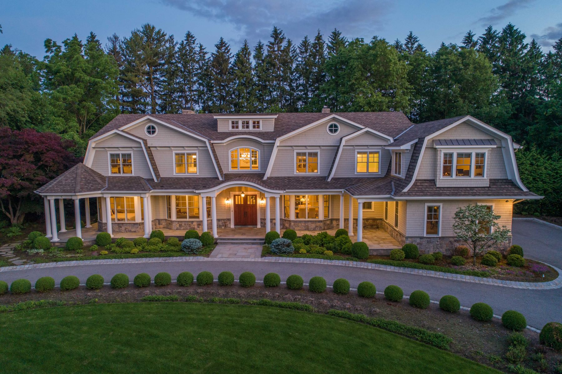 Single Family Homes for Sale at STUNNING CUSTOM HOME 8 Jan River Dr Upper Saddle River, New Jersey 07458 United States