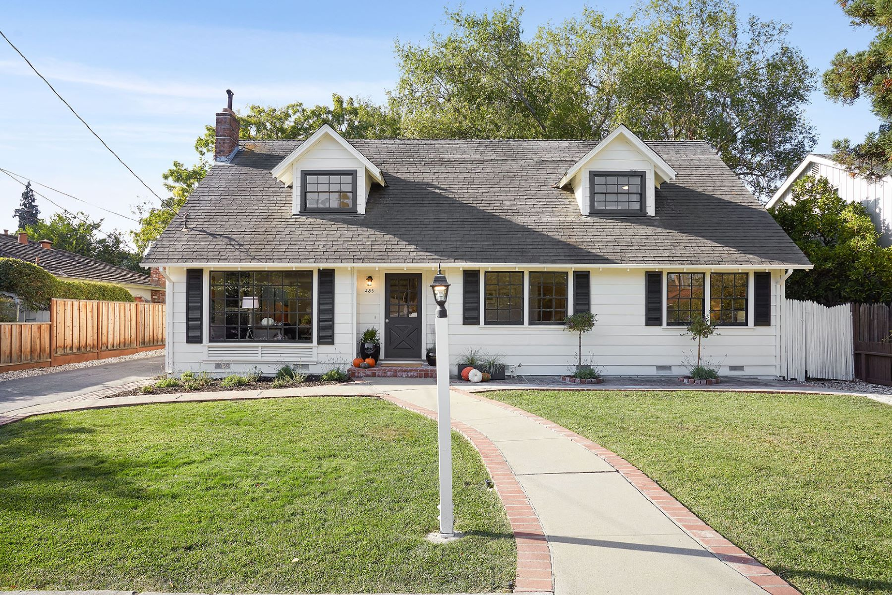 Single Family Homes for Sale at Prime West Menlo Park Cape Cod 485 Arbor Road Menlo Park, California 94025 United States