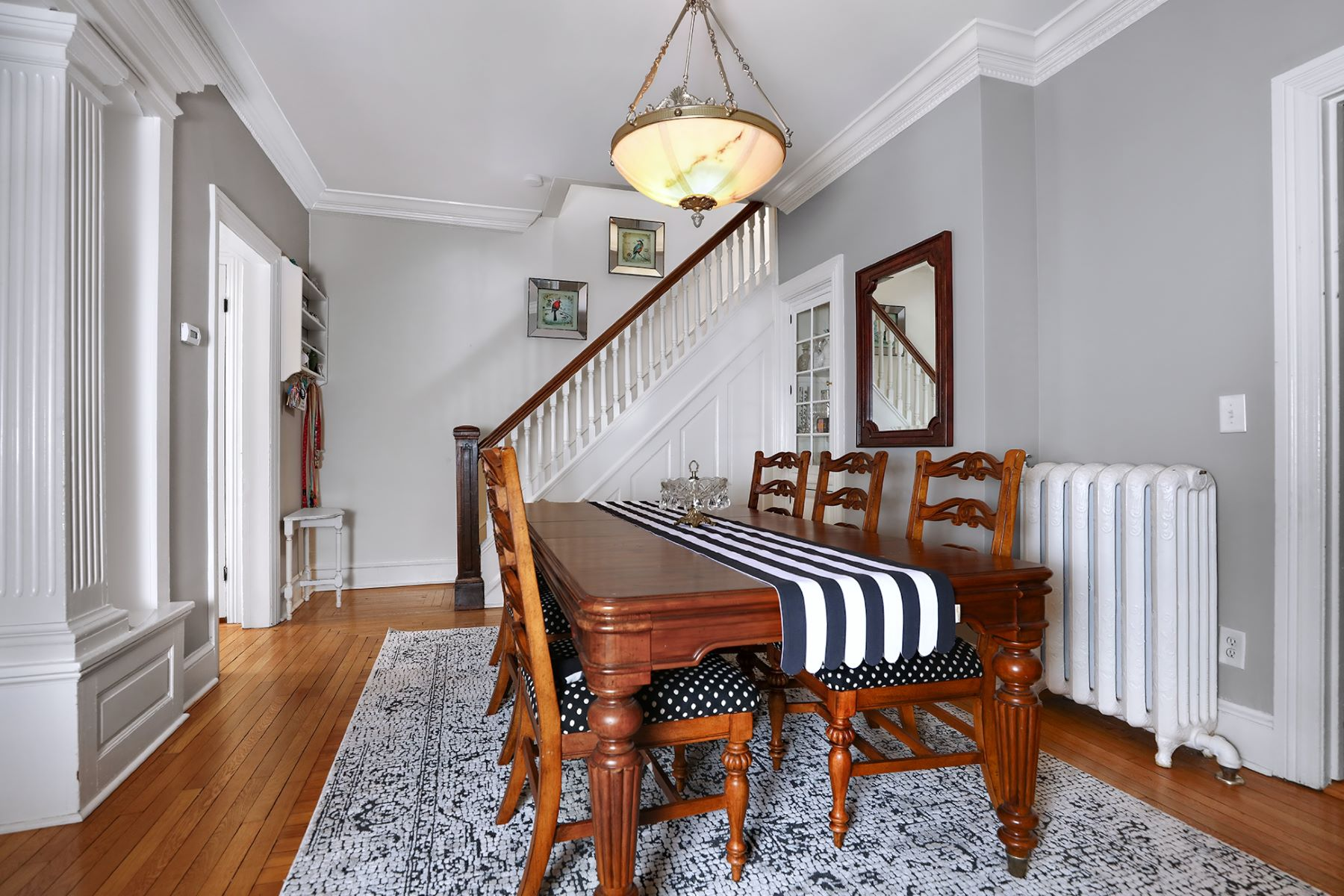Additional photo for property listing at A Beauty In Distinguished Mansion Neighborhood 135 North Union Street, Lambertville, New Jersey 08530 United States