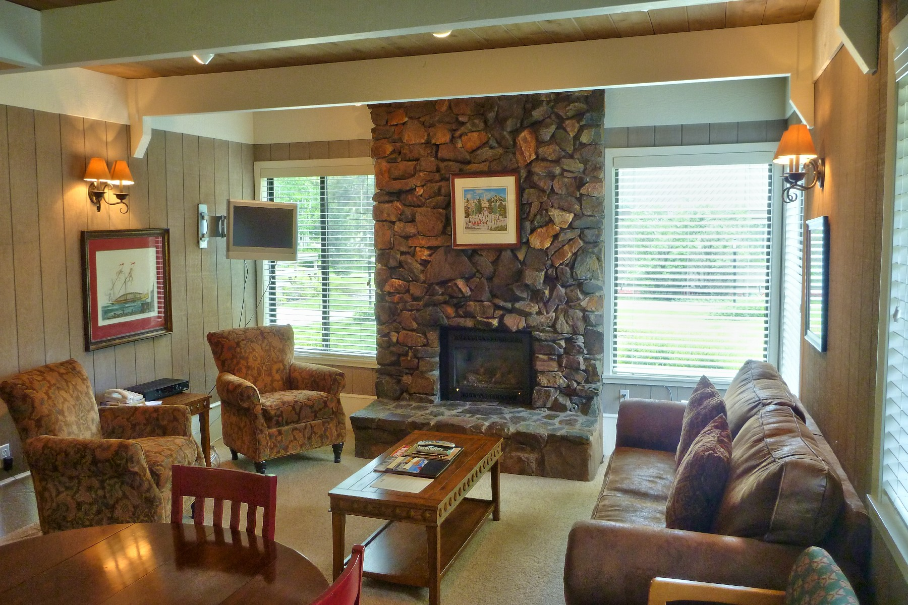 Additional photo for property listing at Location Near Sun Valley Village 1252 Villager Condo Sun Valley, Idaho 83353 États-Unis