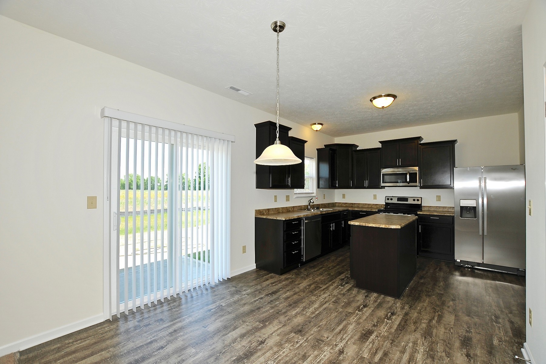 Additional photo for property listing at Brand New Home for Lease 856 Adena Lane Westfield, Indiana 46074 Estados Unidos