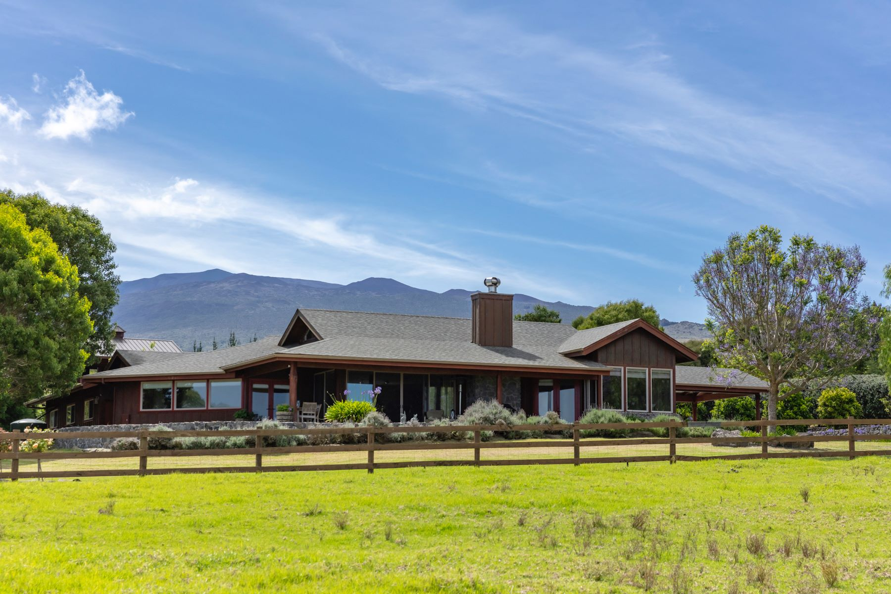 Single Family Homes for Active at Refined Country Living 67-1095 N. Alulike Rd. Kamuela, Hawaii 96743 United States