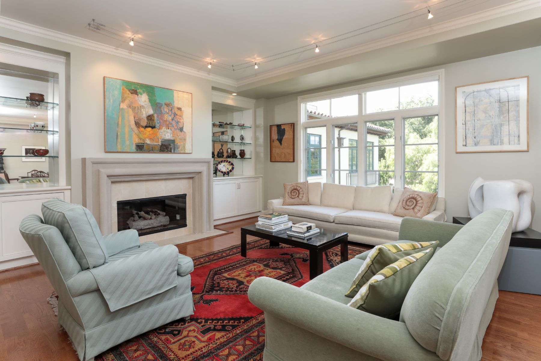 Condominiums for Sale at Prime Downtown PA Condo 555 Byron St #303 Palo Alto, California 94301 United States