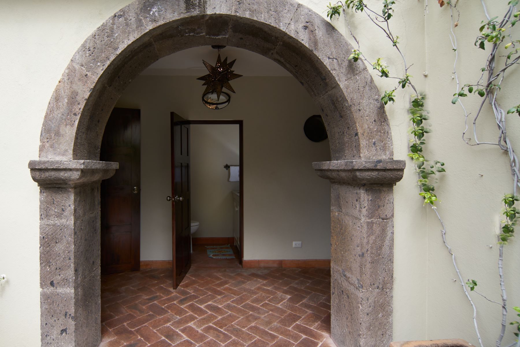 Additional photo for property listing at CASA CALVARIO Centro, San Miguel De Allende, Guanajuato México