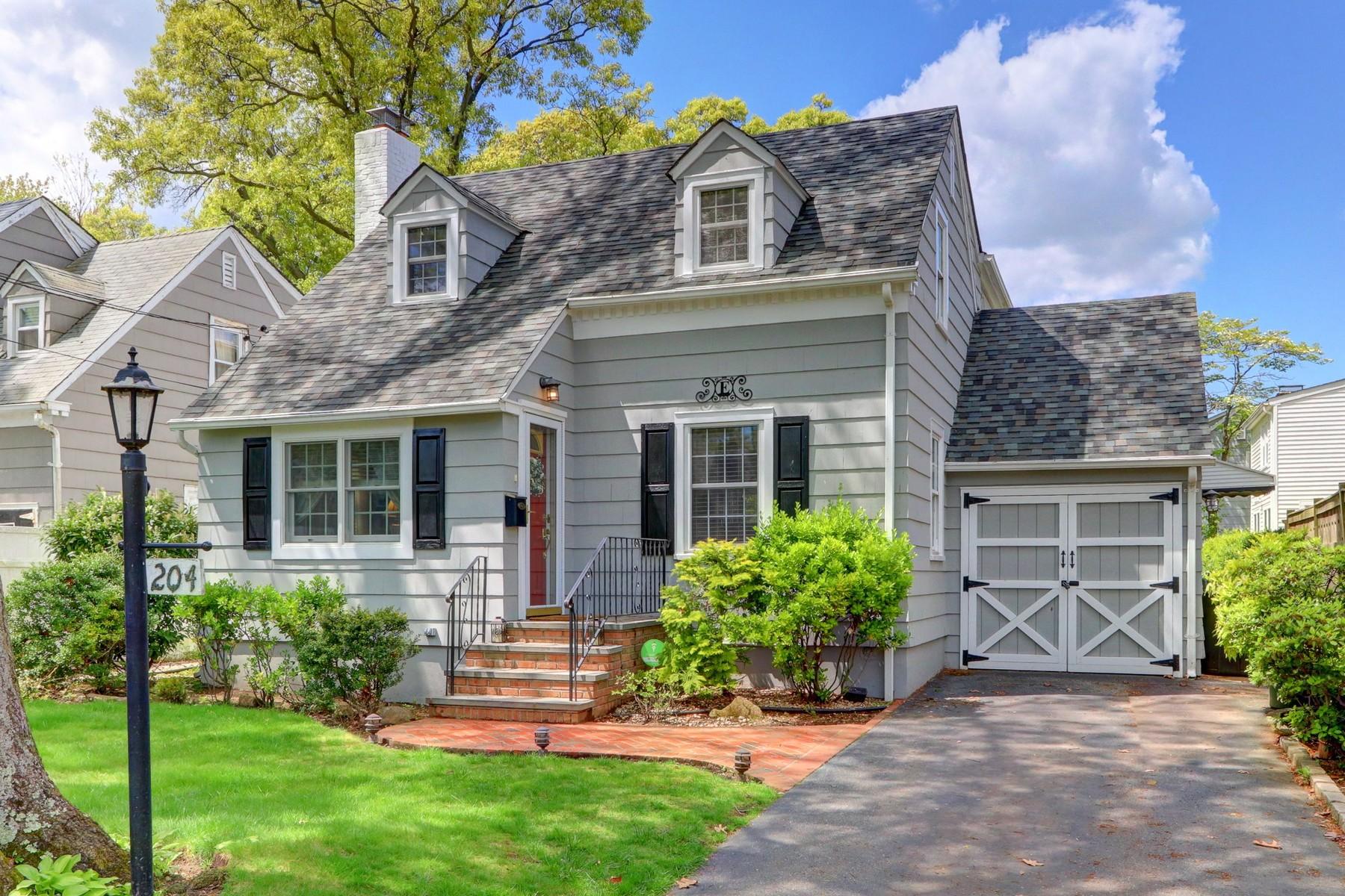 Single Family Homes for Active at Merrick 204 Stuyvesant Ave Merrick, New York 11566 United States