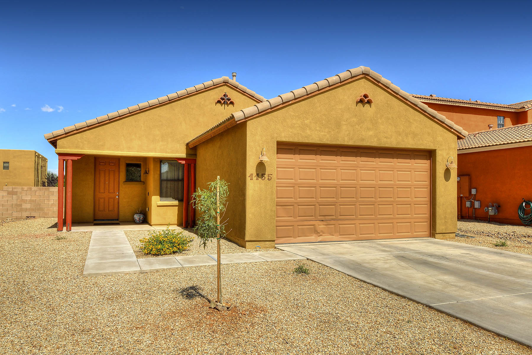 Single Family Homes for Sale at Charming, Impeccably Maintained Home 1155 Matsumoto Street Sierra Vista, Arizona 85635 United States
