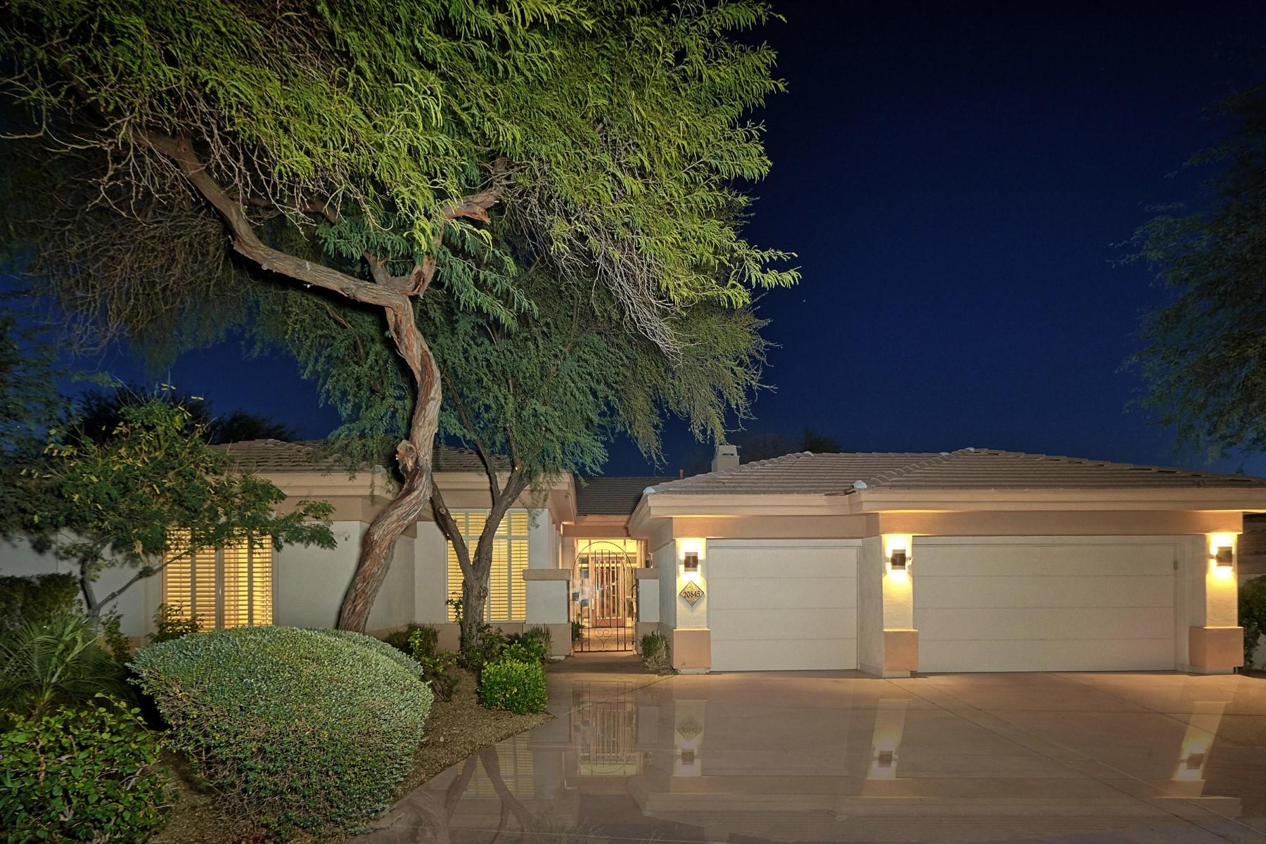 Maison unifamiliale pour l Vente à Spectacular Luxury Single Level Home 20845 N 83rd Place, Scottsdale, Arizona, 85255 États-Unis
