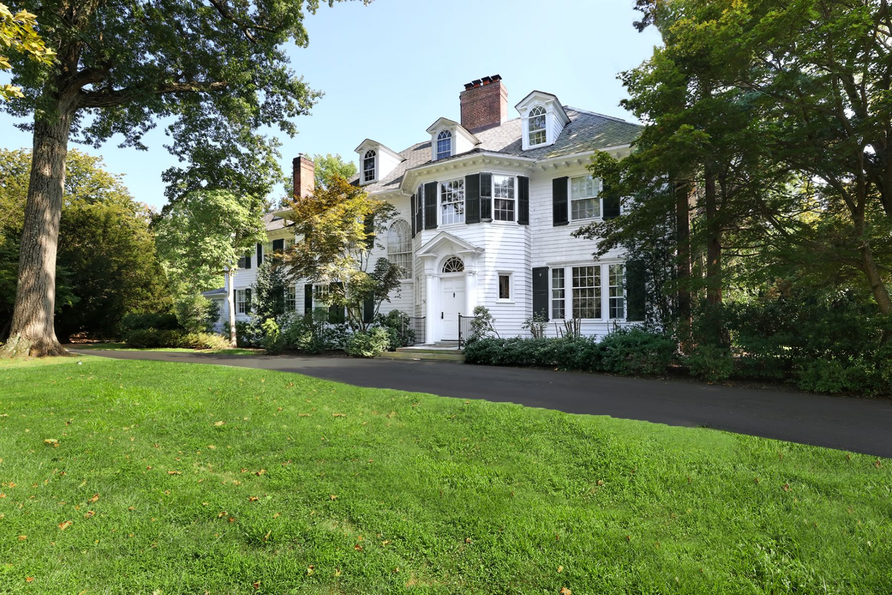 Additional photo for property listing at Grand Home in the Western Section 50 Hodge Road, Princeton, New Jersey 08540 United States
