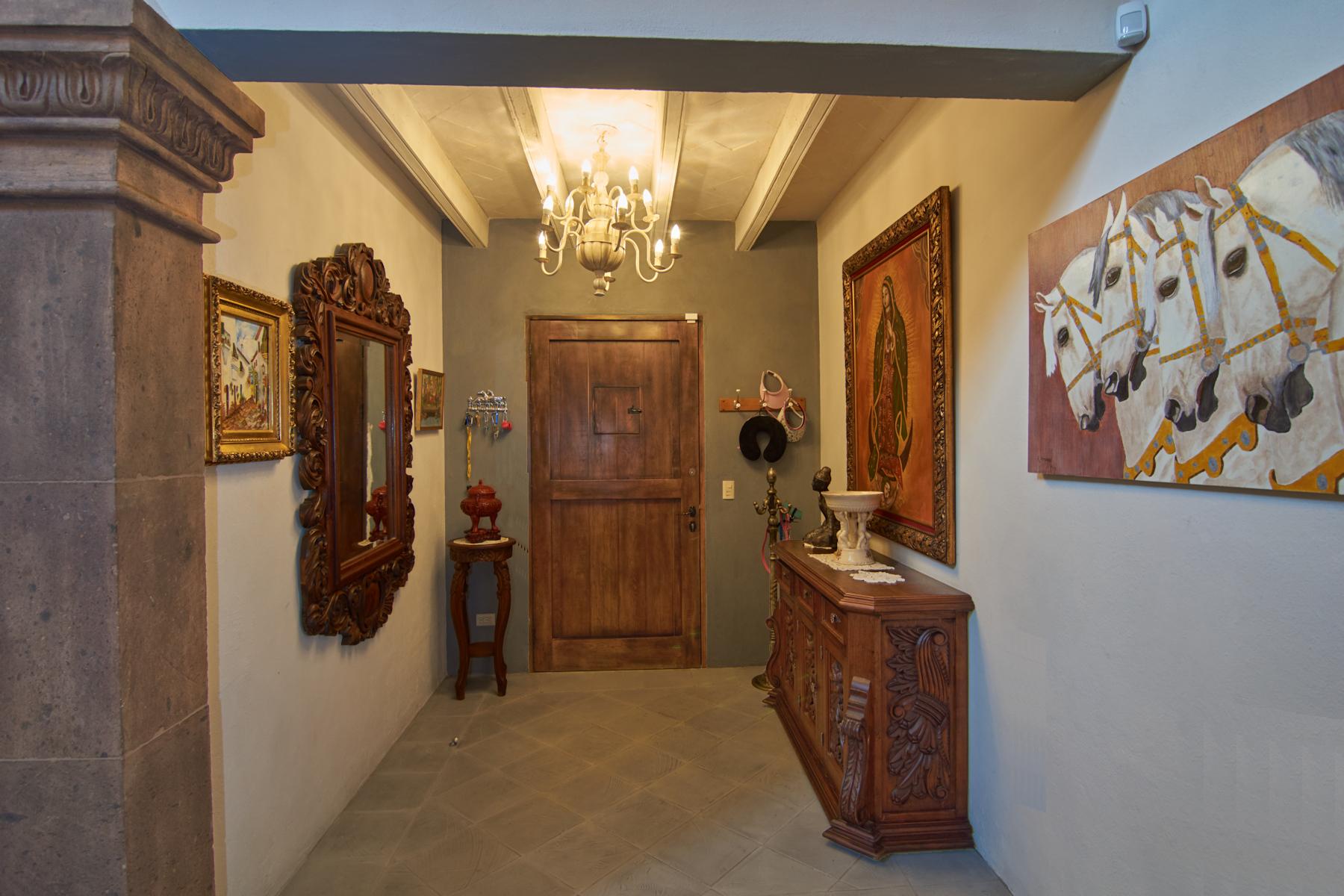 Additional photo for property listing at CASA DOS FUENTES Soledad 2 San Miguel De Allende, Guanajuato 32770 México