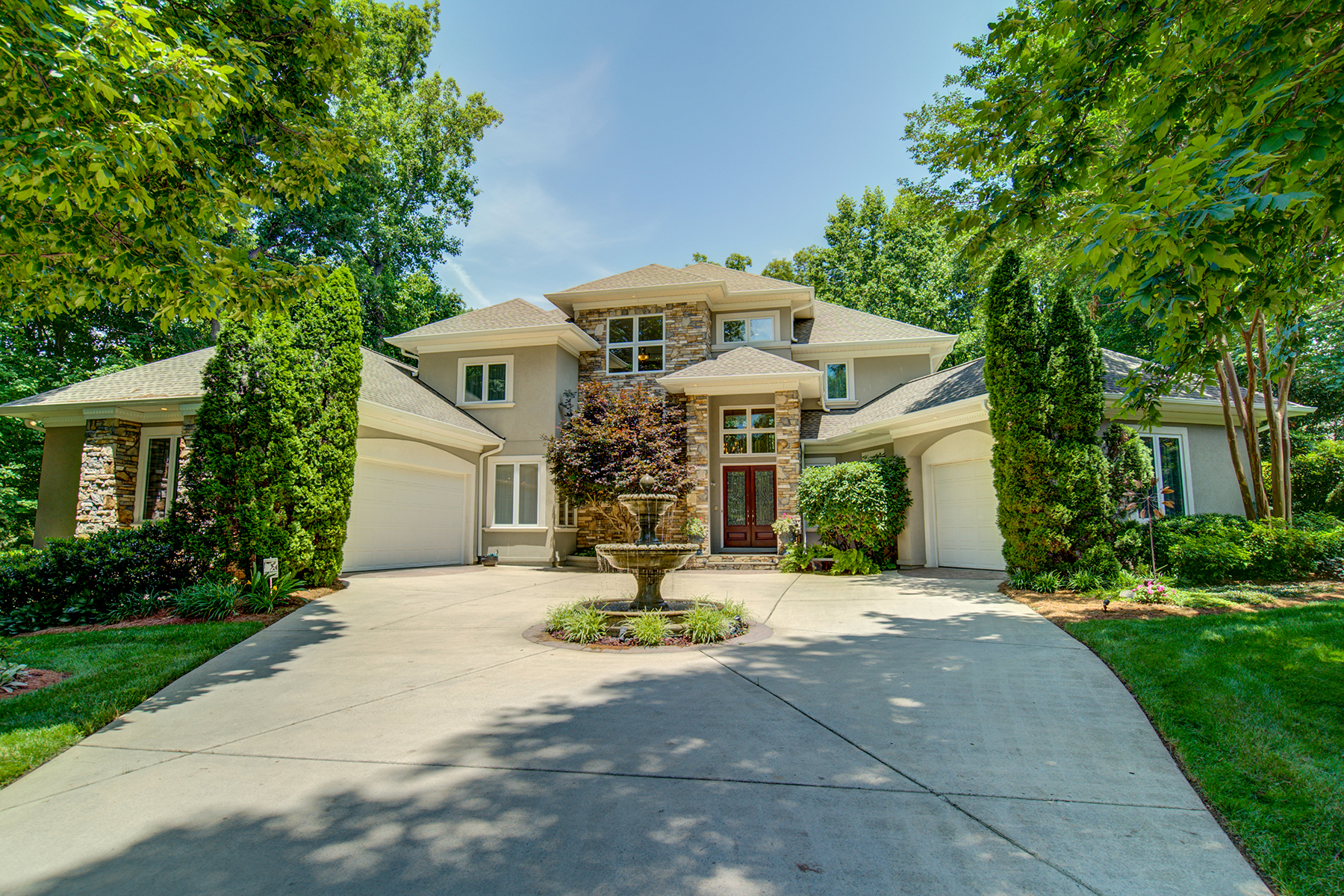 Single Family Home for Active at OVERLOOK 12530 Preservation Pointe Drive Charlotte, North Carolina 28216 United States