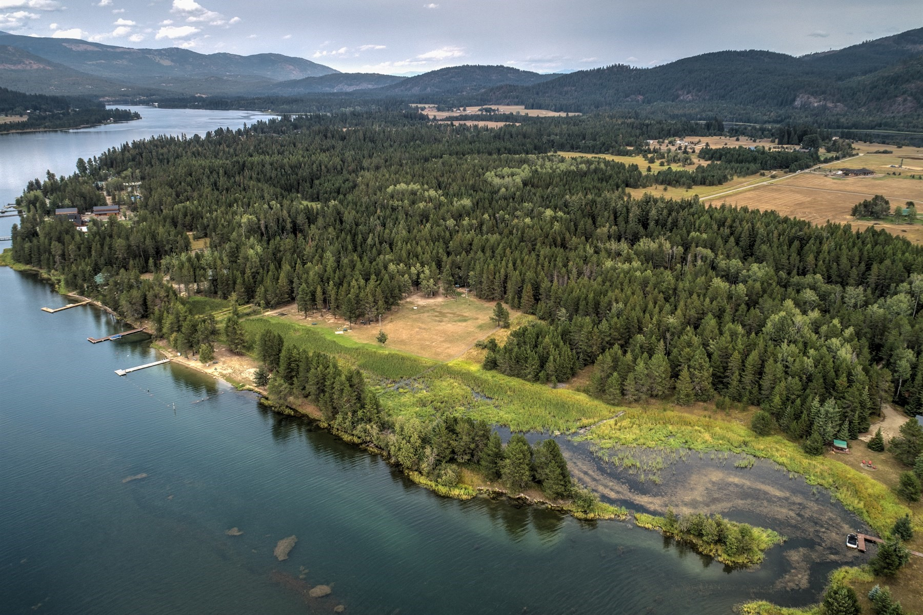 Land for Active at Extra-ordinary Waterfront Acreage 0 Lakeshore Drive Sagle, Idaho 83860 United States