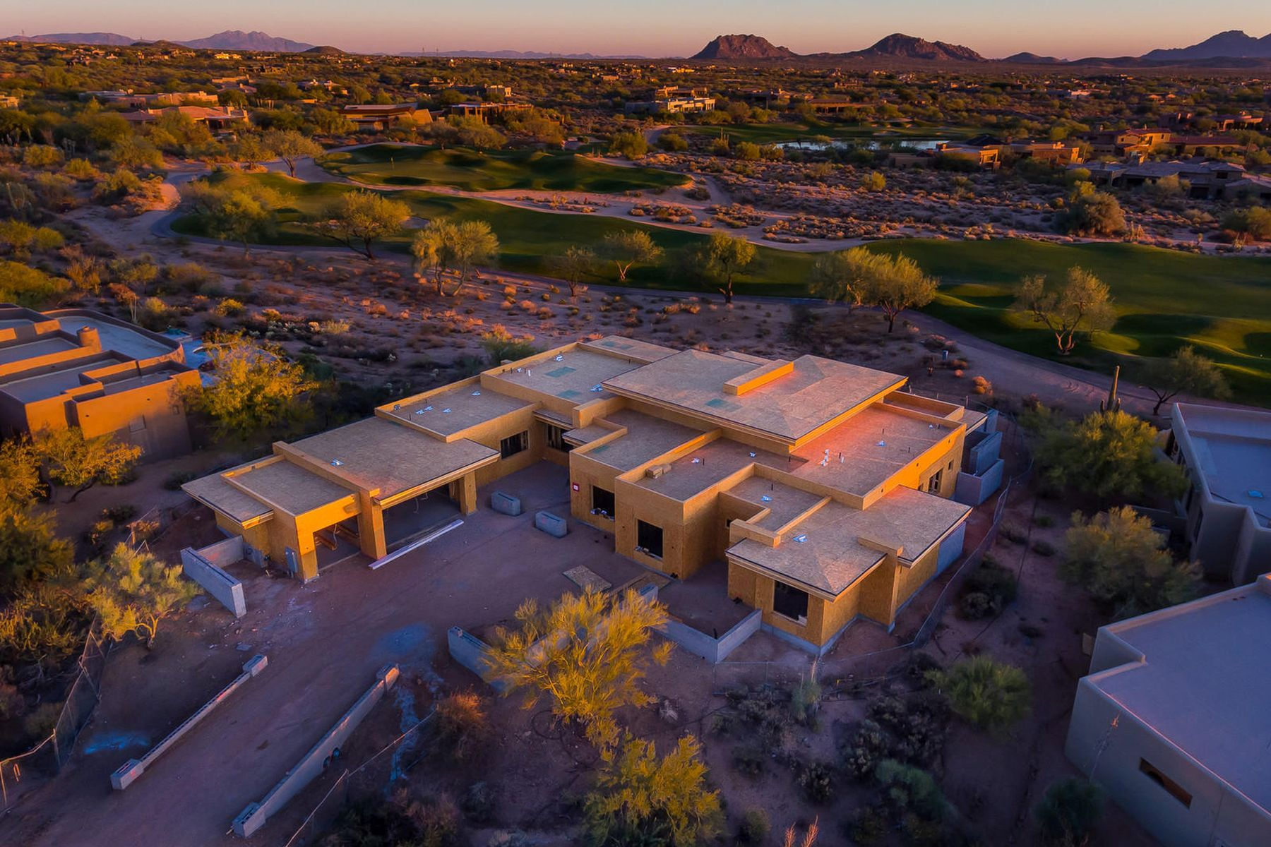 Single Family Home for Sale at South facing Soft Contemporary Home in Desert Mountain 10101 E Horizon Dr, Scottsdale, Arizona, 85262 United States
