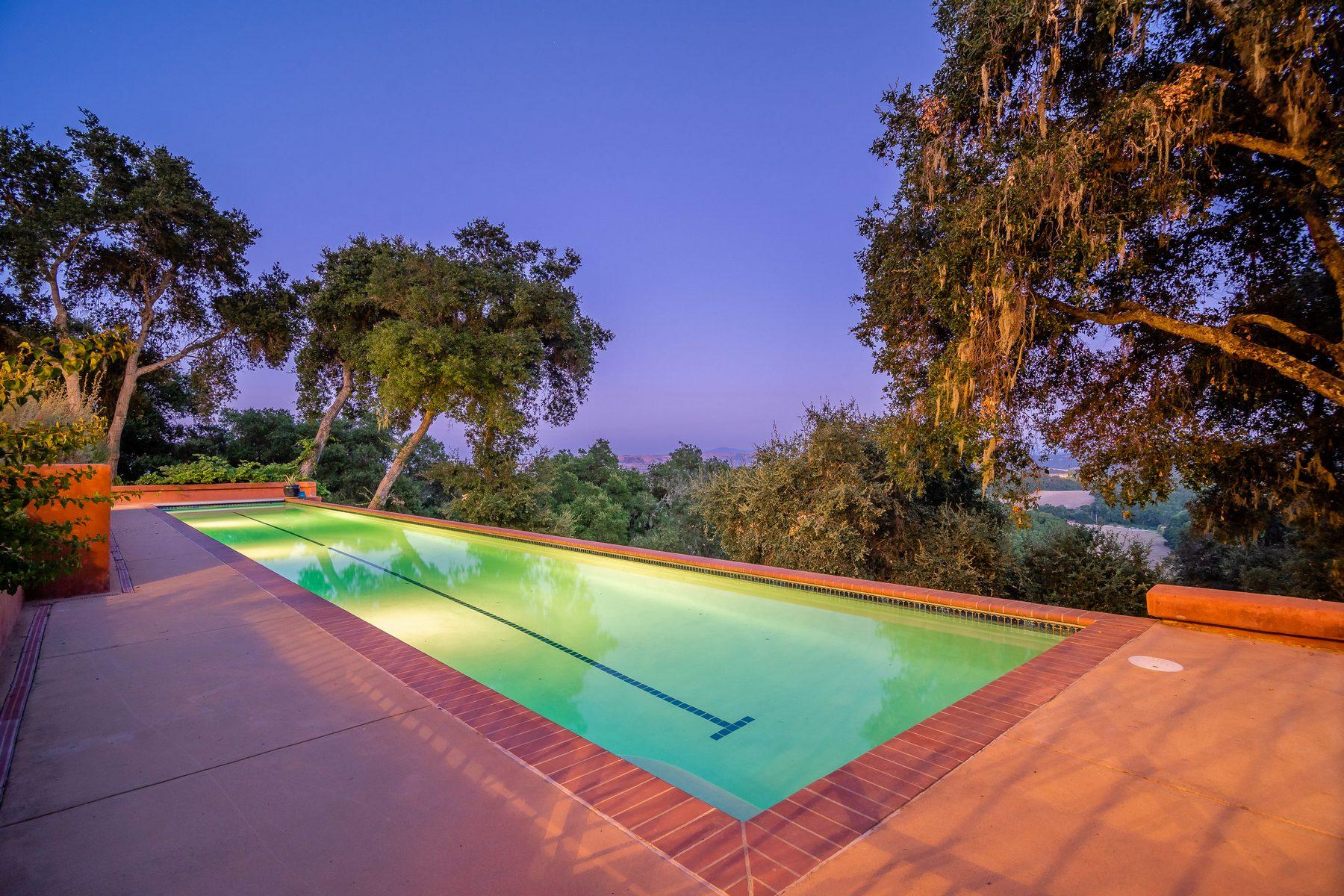 Single Family Homes for Sale at Spanish-style Villa & Vineyard on 30+/- Acres 3432 Las Tablas Wiliow Creek Paso Robles, California 93446 United States