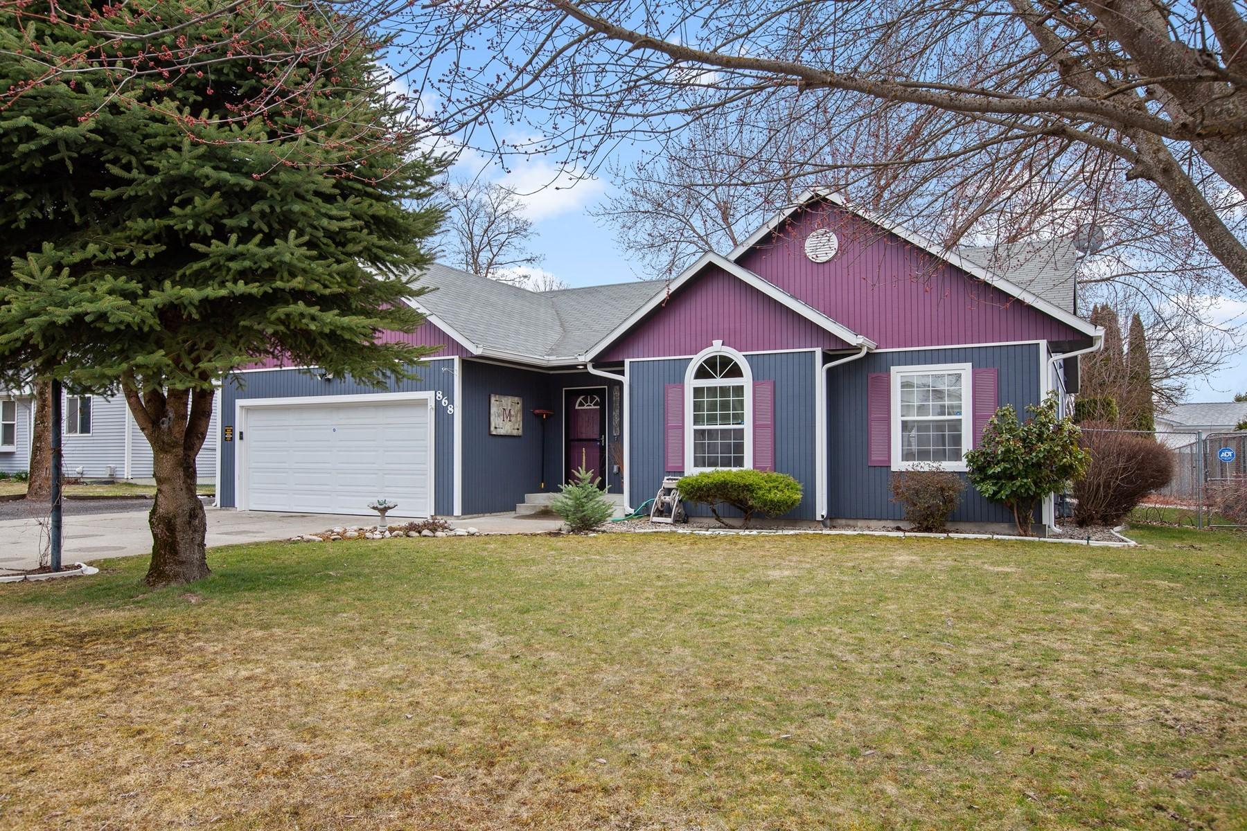 Single Family Homes por un Venta en 868 W DEE COURT 868 W Dee CT Hayden, Idaho 83835 Estados Unidos