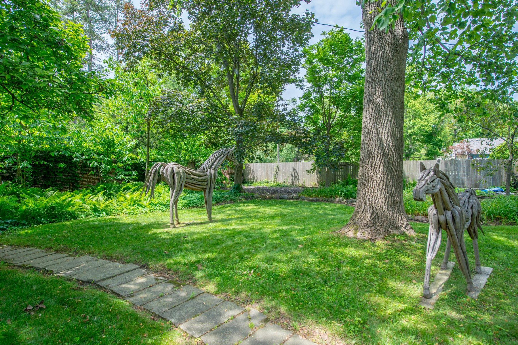 Additional photo for property listing at 151 S Parkview Ave  Bexley, Ohio 43209 United States