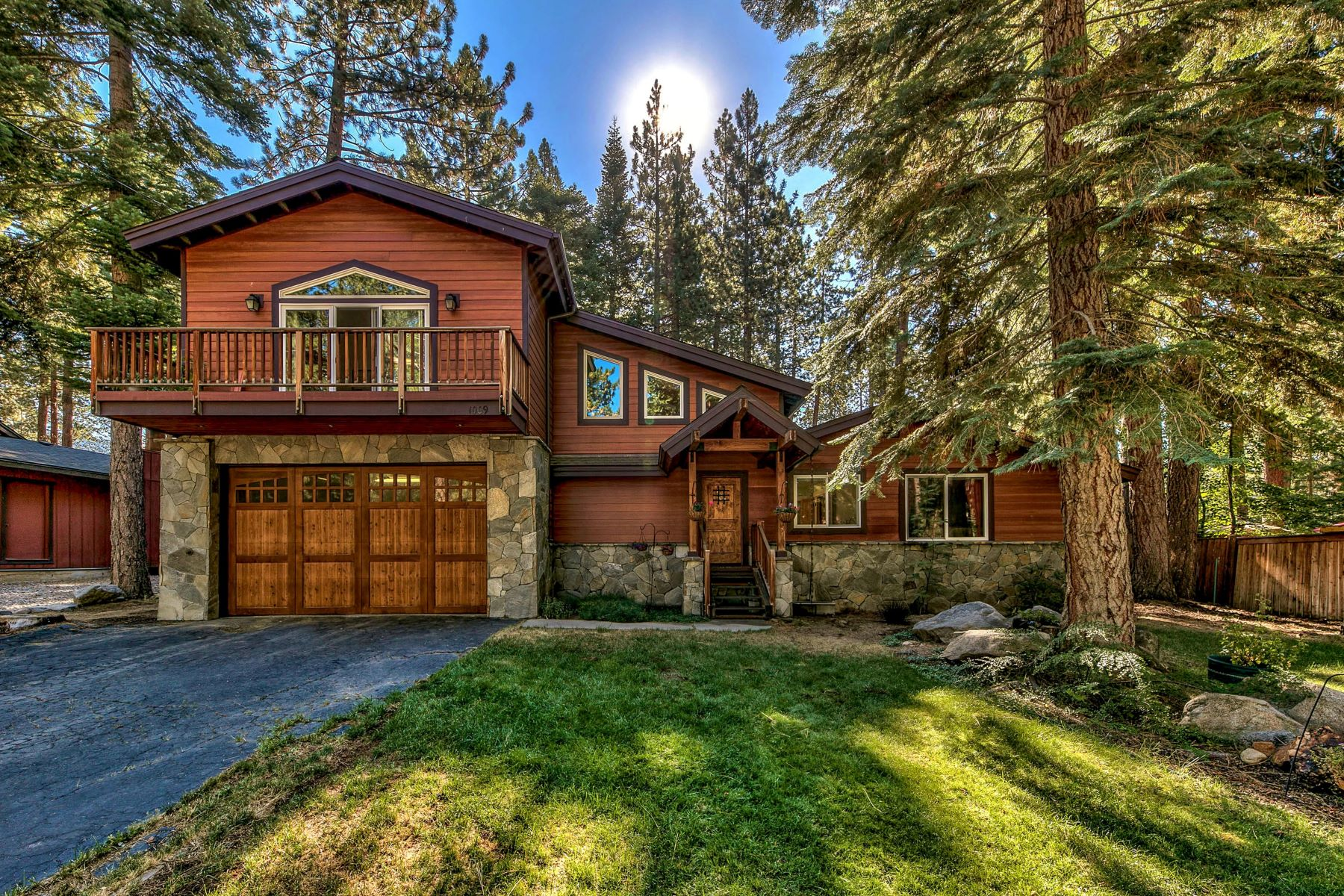 Single Family Homes for Sale at Lakefront neighborhood 1009 Red Fir Drive Glenbrook, Nevada 89413 United States