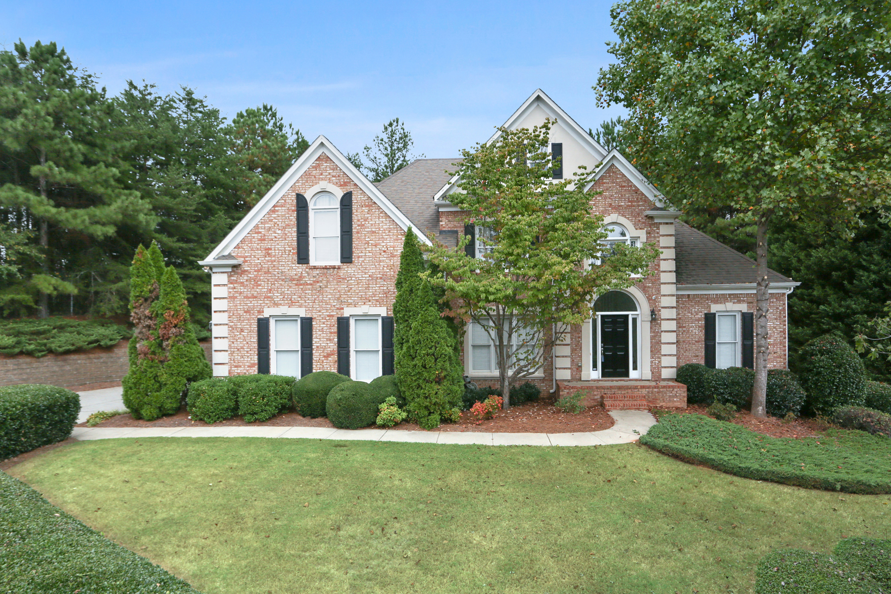 Single Family Home for Sale at Inviting Home on a Cul-de-sac with Plenty of Privacy 545 Woodmoore Ct Sandy Springs, Georgia 30342 United States