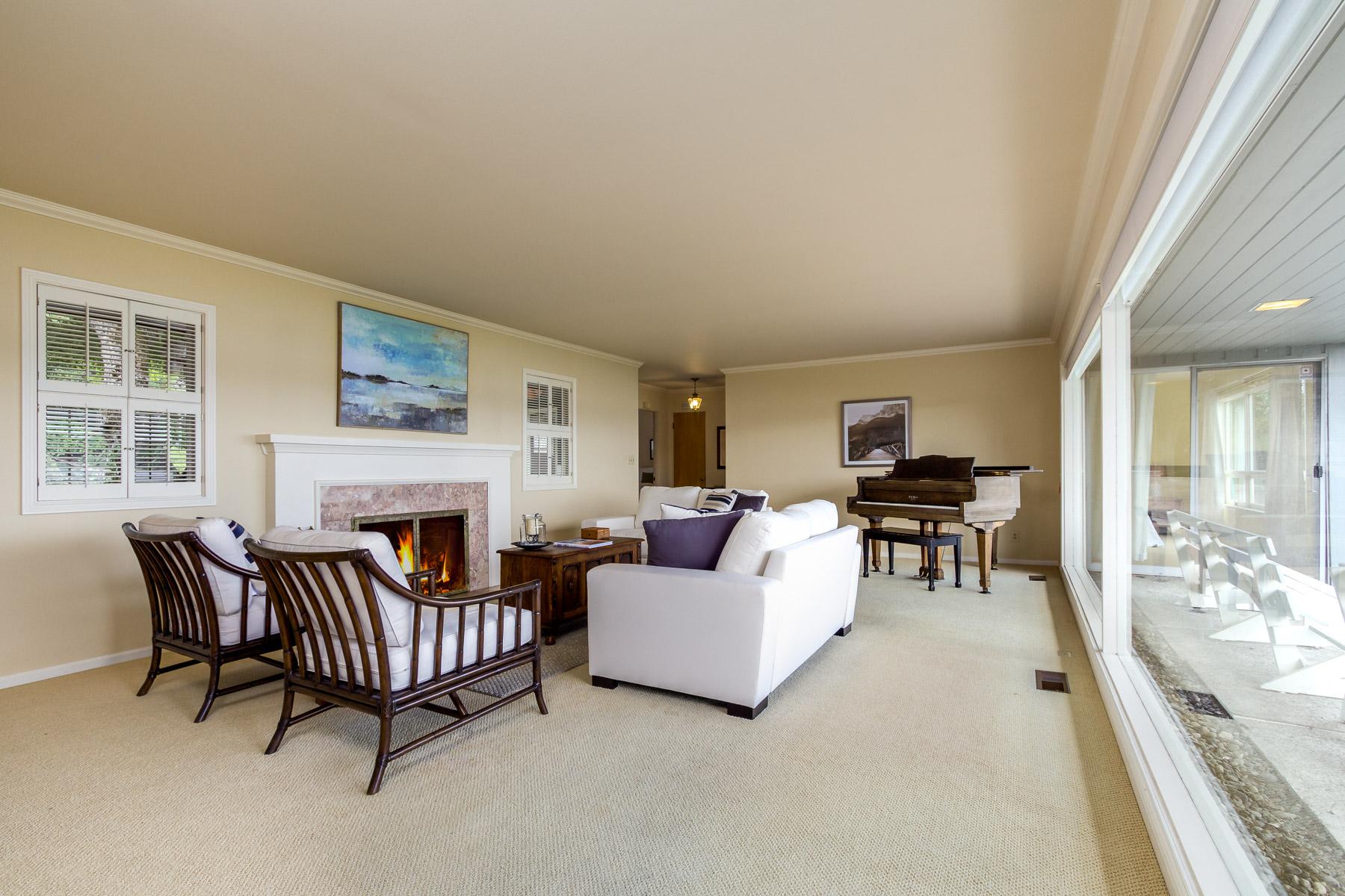 Additional photo for property listing at Island Living on Point White 3708 Point White Drive NE Bainbridge Island, Washington 98110 United States