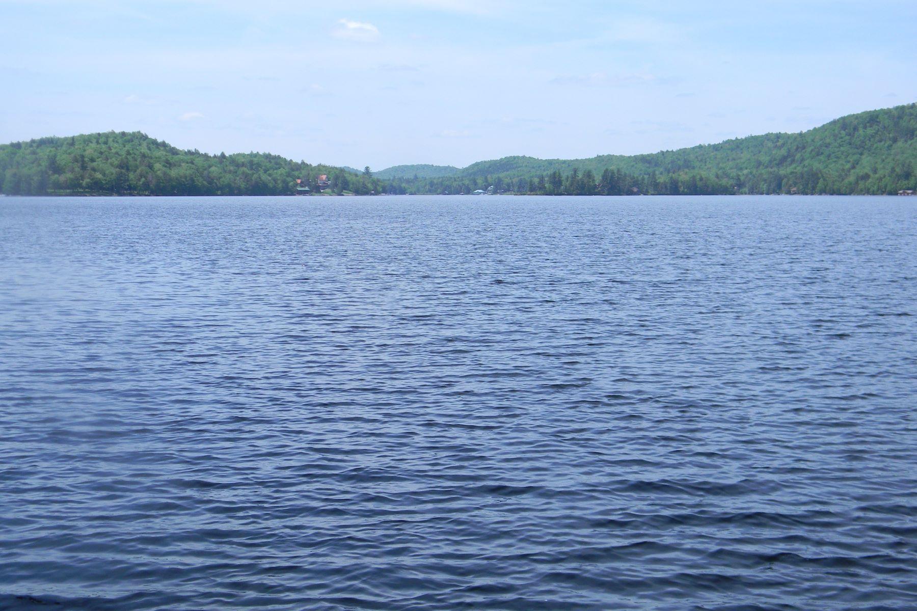 Земля для того Продажа на Big Moose Lake Building Lot Judson Road Eagle Bay, Нью-Йорк, 13331 Соединенные Штаты
