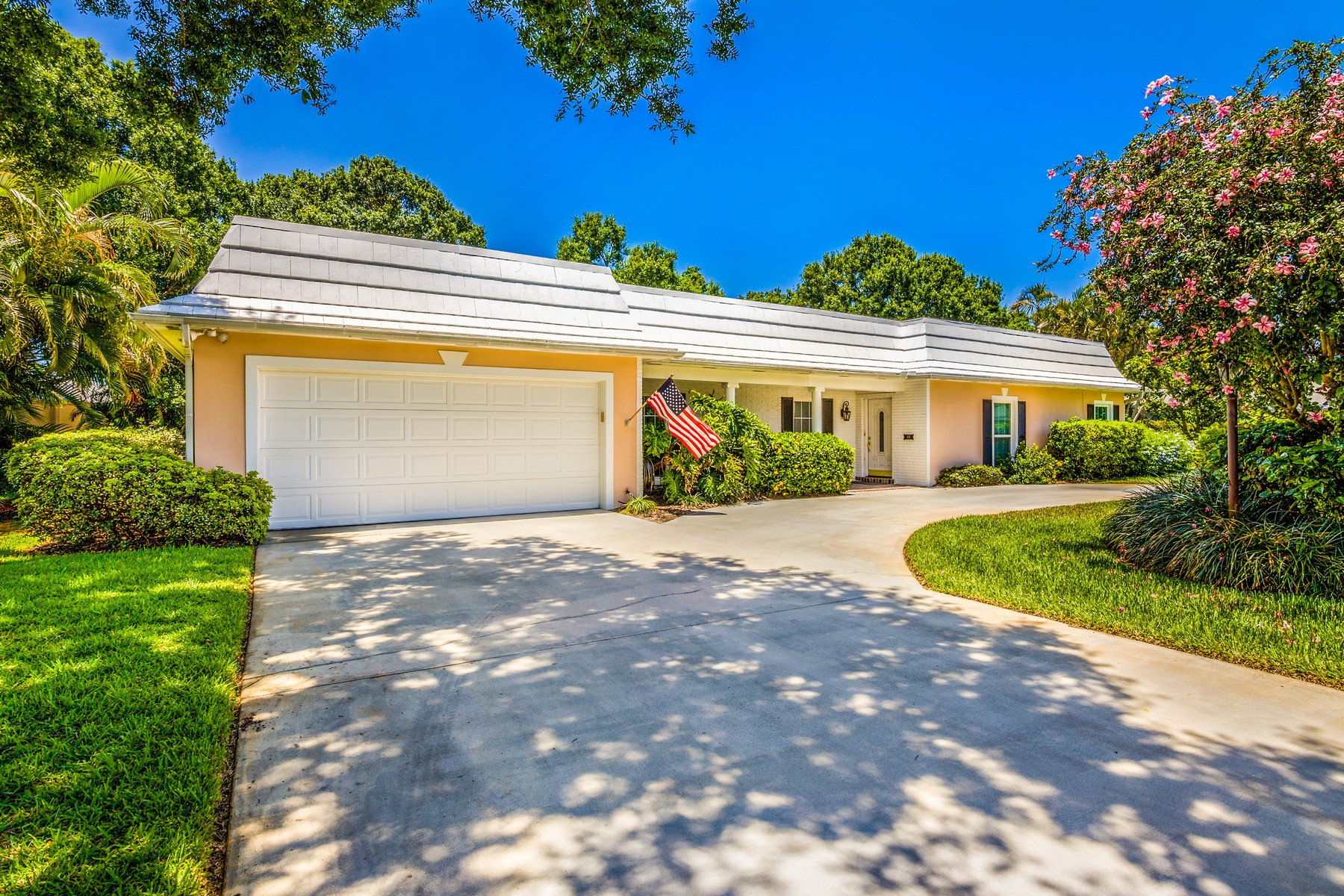 single family homes for Sale at Country Club Home 676 Catalina Street Vero Beach, Florida 32960 United States