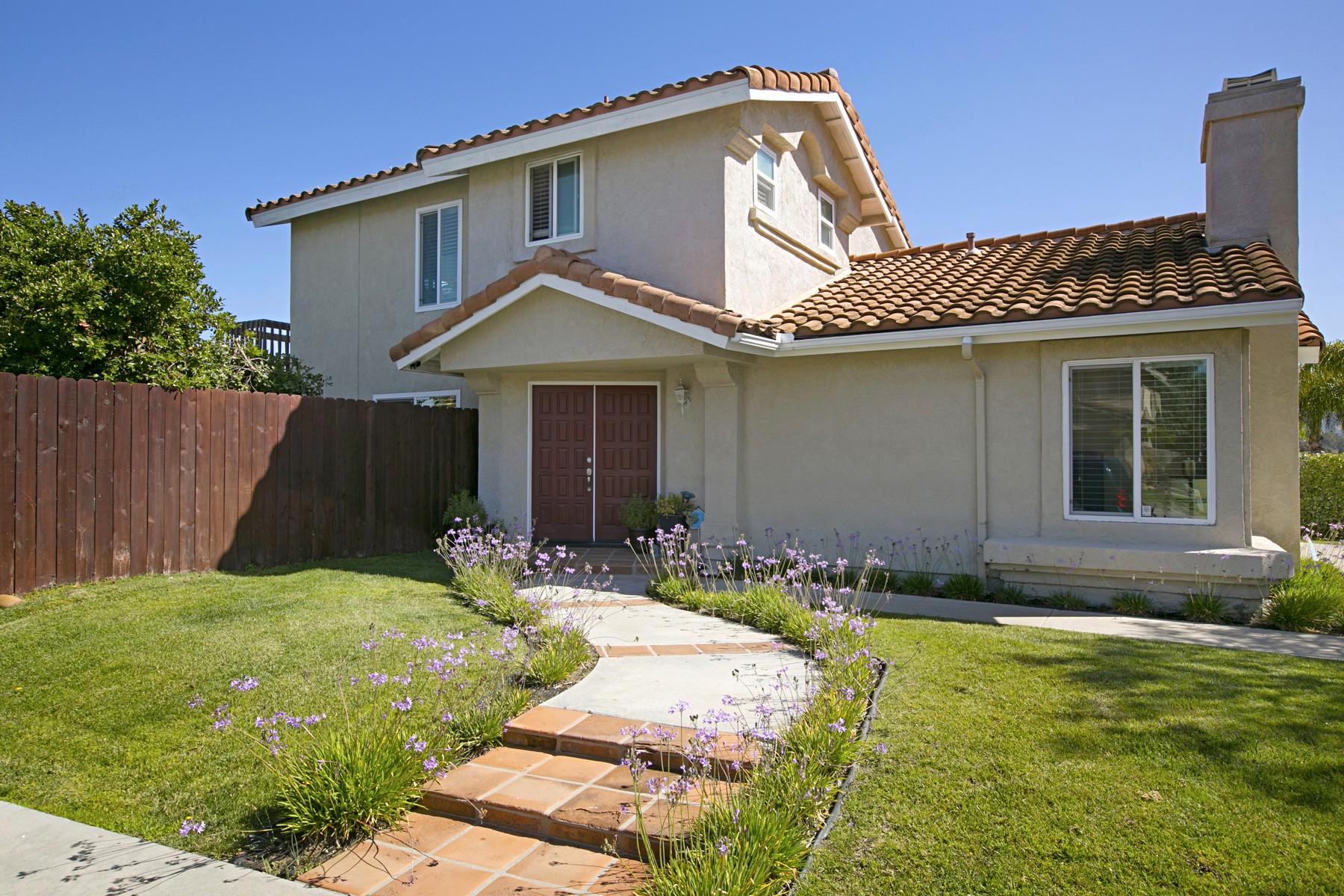 Maison unifamiliale pour l Vente à 1166 Rachel Circle Escondido, Californie, 92026 États-Unis