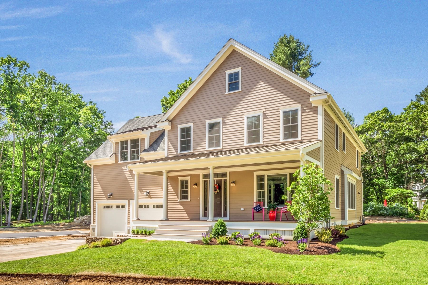 Single Family Home for Active at 7 Hosmer Way, Bedford 7 Hosmer Way Bedford, Massachusetts 01730 United States