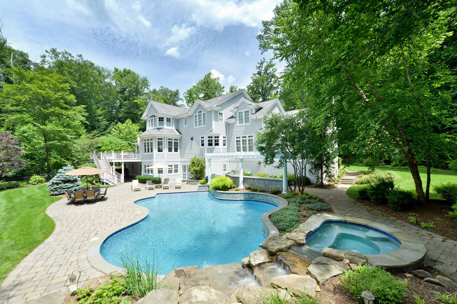 Single Family Home for Sale at Sophisticated Country 13 Glenwood Drive, Saddle River, New Jersey 07458 United States