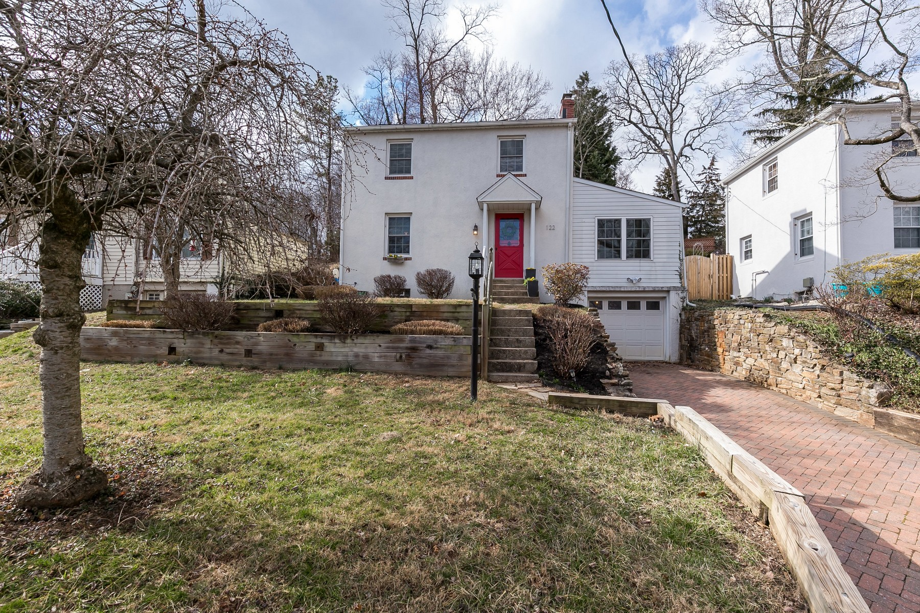 Single Family Homes for Sale at Great House, Great Neighborhood, Great Schools 122 Green Ridge Road Lutherville Timonium, Maryland 21093 United States