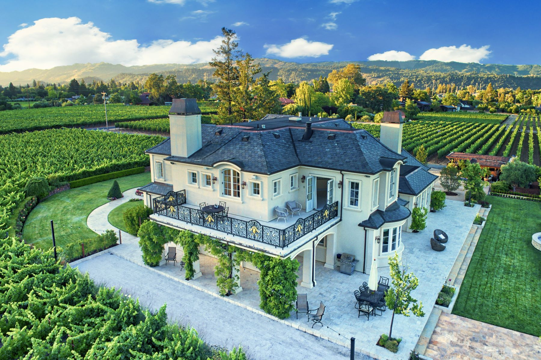Single Family Homes por un Venta en Stunning European Inspired Estate 2059 Vallejo Street St. Helena, California 94574 Estados Unidos