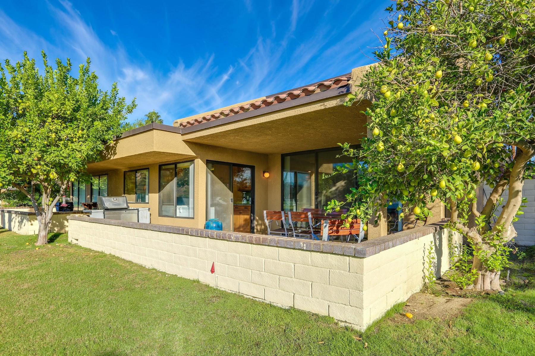 Maison unifamiliale pour l Vente à 7549 Regency Drive Palm Springs, Californie, 92264 États-Unis