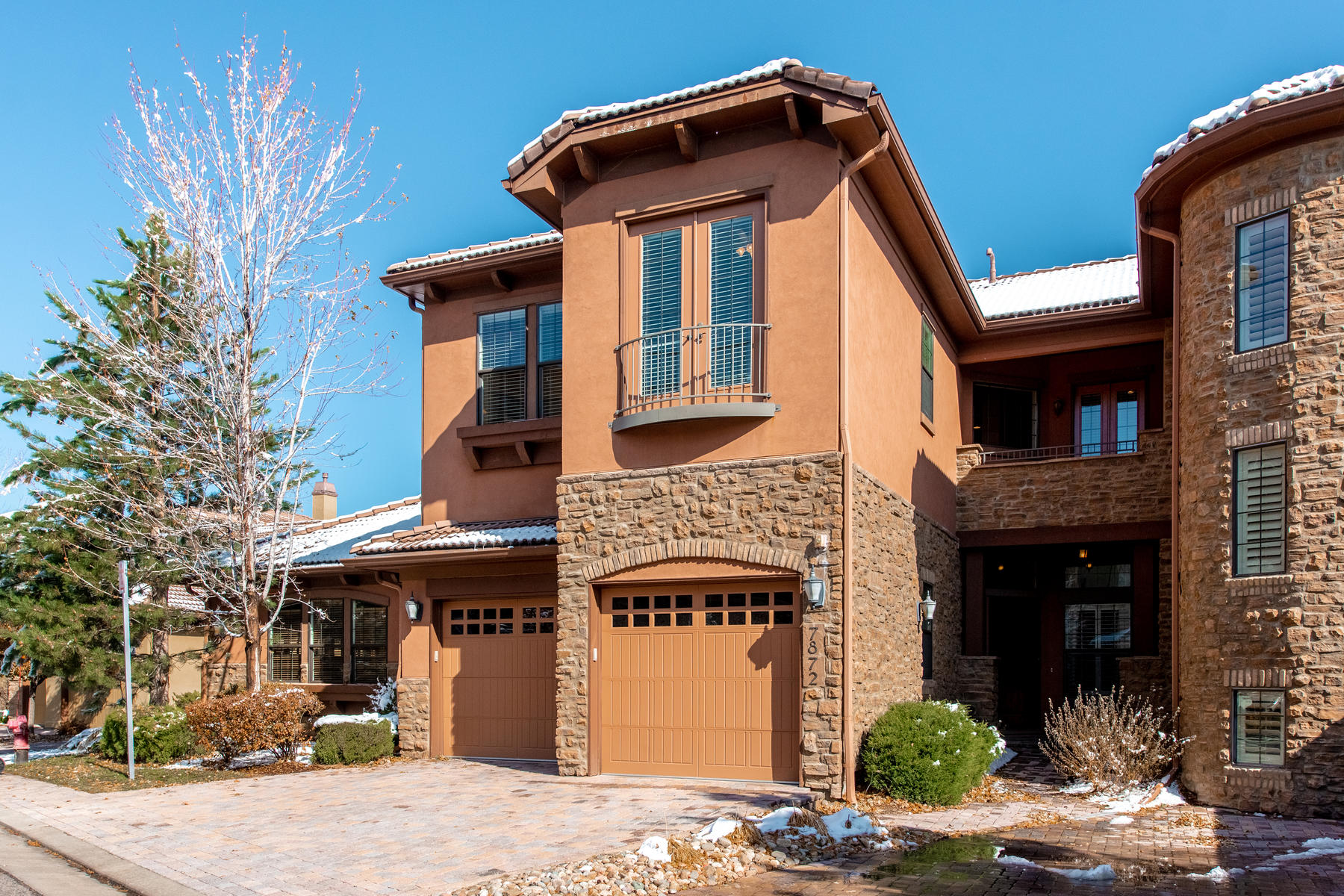 Condominiums for Active at Where luxury meets maintenance free, lock and leave lifestyle! 7872 Vallagio Ln Englewood, Colorado 80112 United States