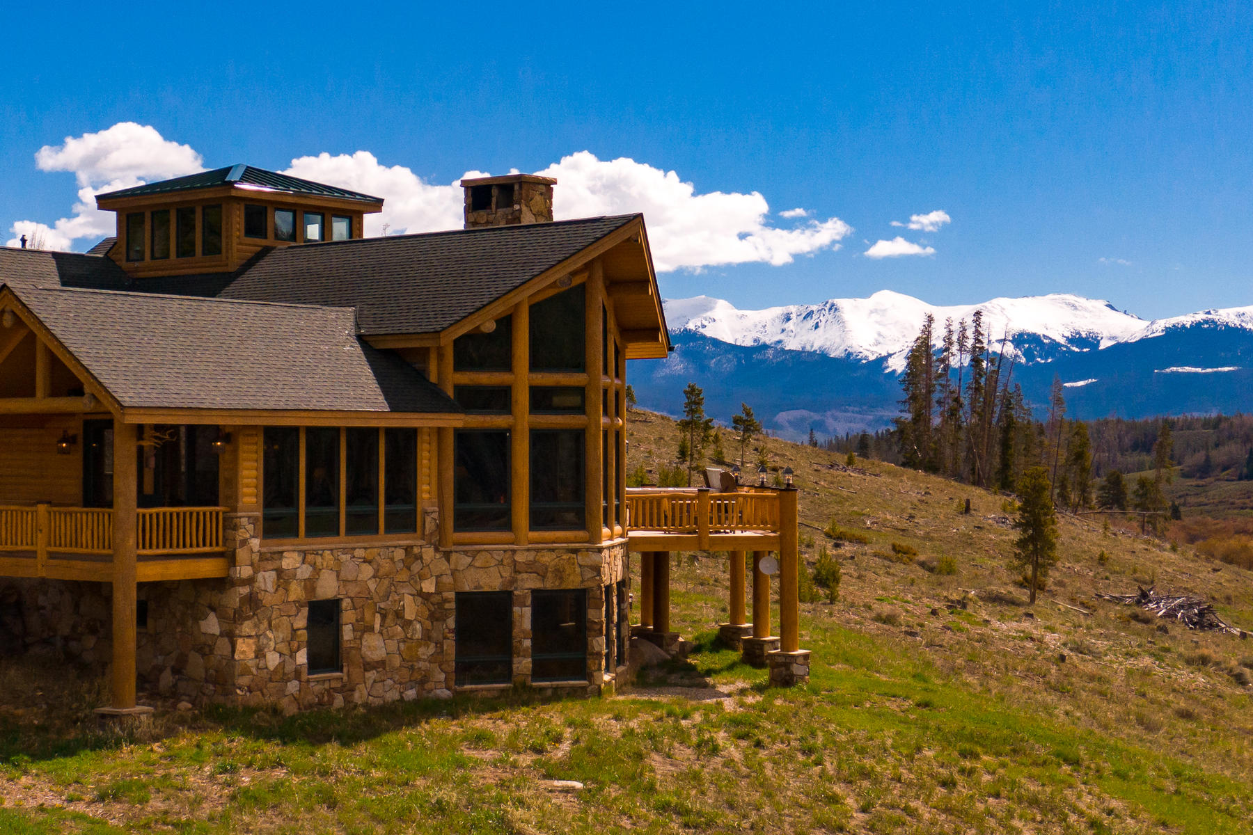 Single Family Homes for Active at In the heart of the Rocky Mountains and tucked against the Continental Divide 441 Country Road 5174 Fraser, Colorado 80442 United States