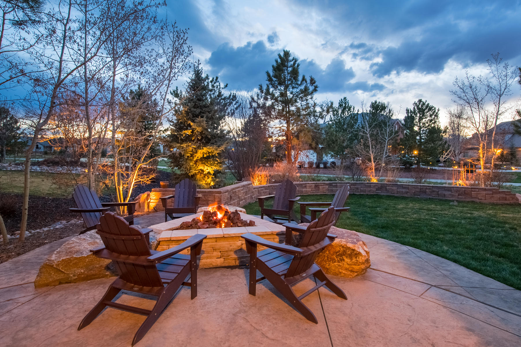 Additional photo for property listing at Capture your Colorado dream with this magnificent one-of-a-kind home! 29 Brookhaven Ln Littleton, Colorado 80123 United States