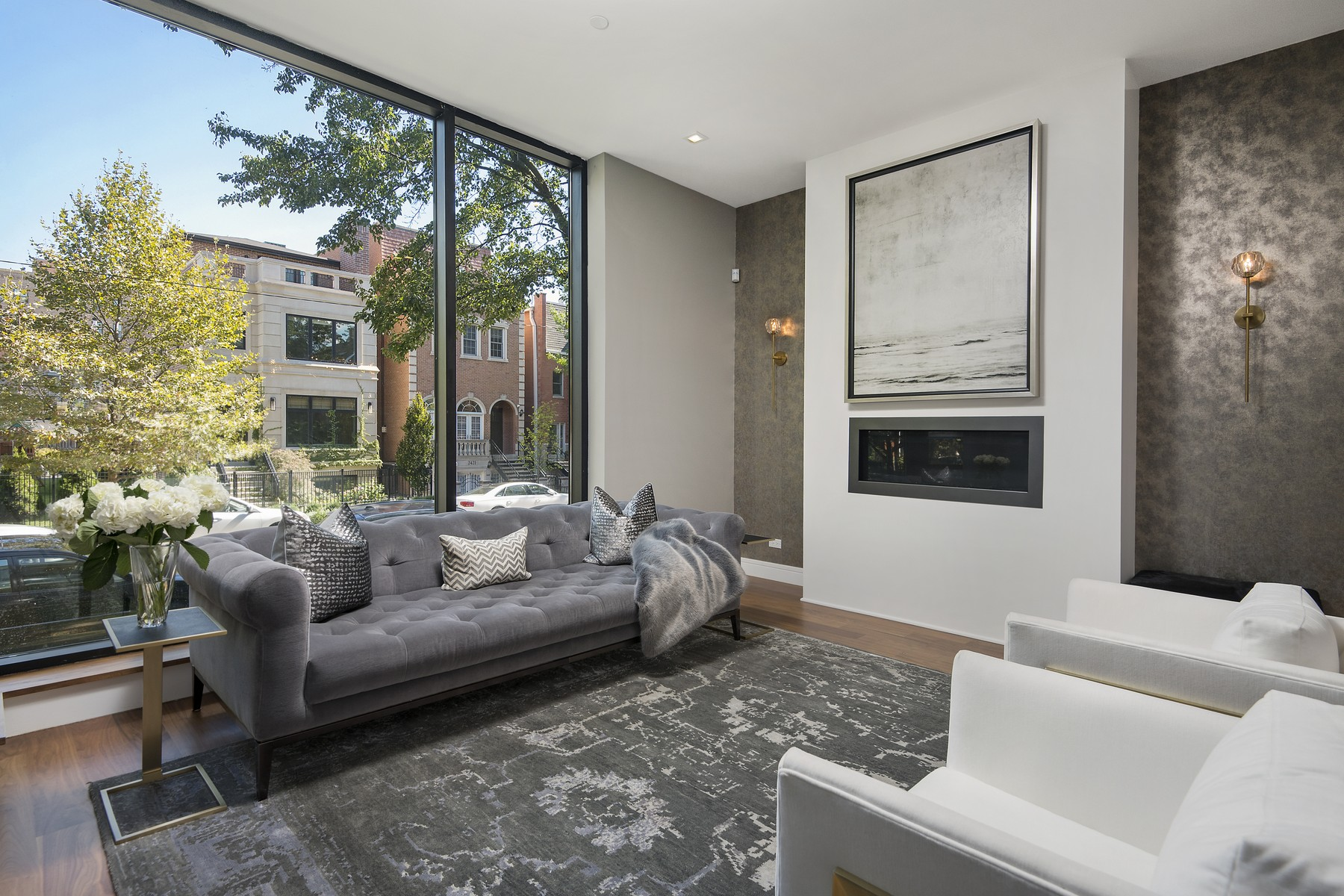 独户住宅 为 销售 在 Contemporary Masterpiece on Quiet Tree-Lined Lincoln Park Street! 2424 N Janssen Avenue, Lincoln Park, 芝加哥, 伊利诺斯州, 60614 美国