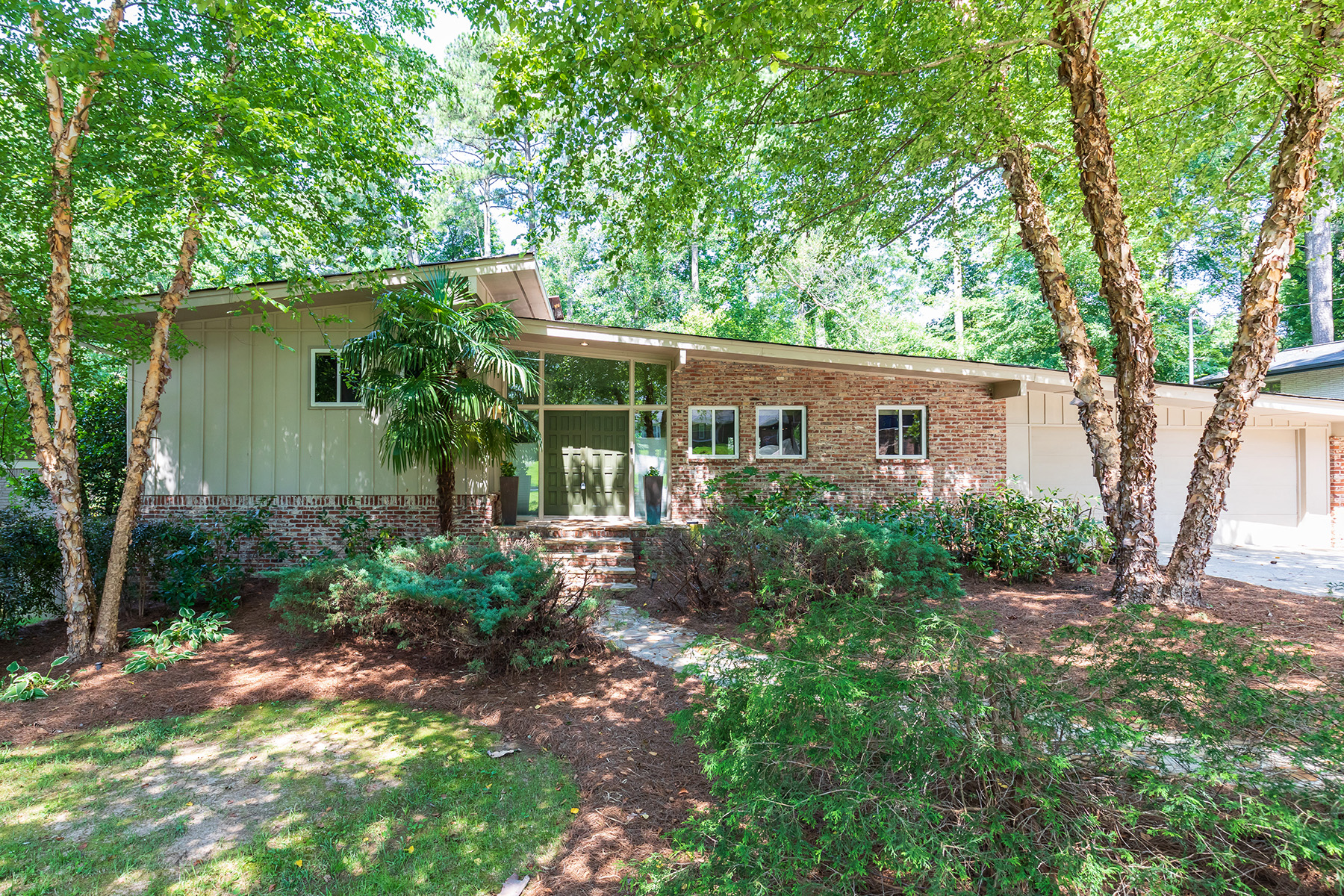 Single Family Home for Sale at Handsome Updated Split-Level Contemporary 2672 Braithwood Rd Atlanta, Georgia 30345 United States