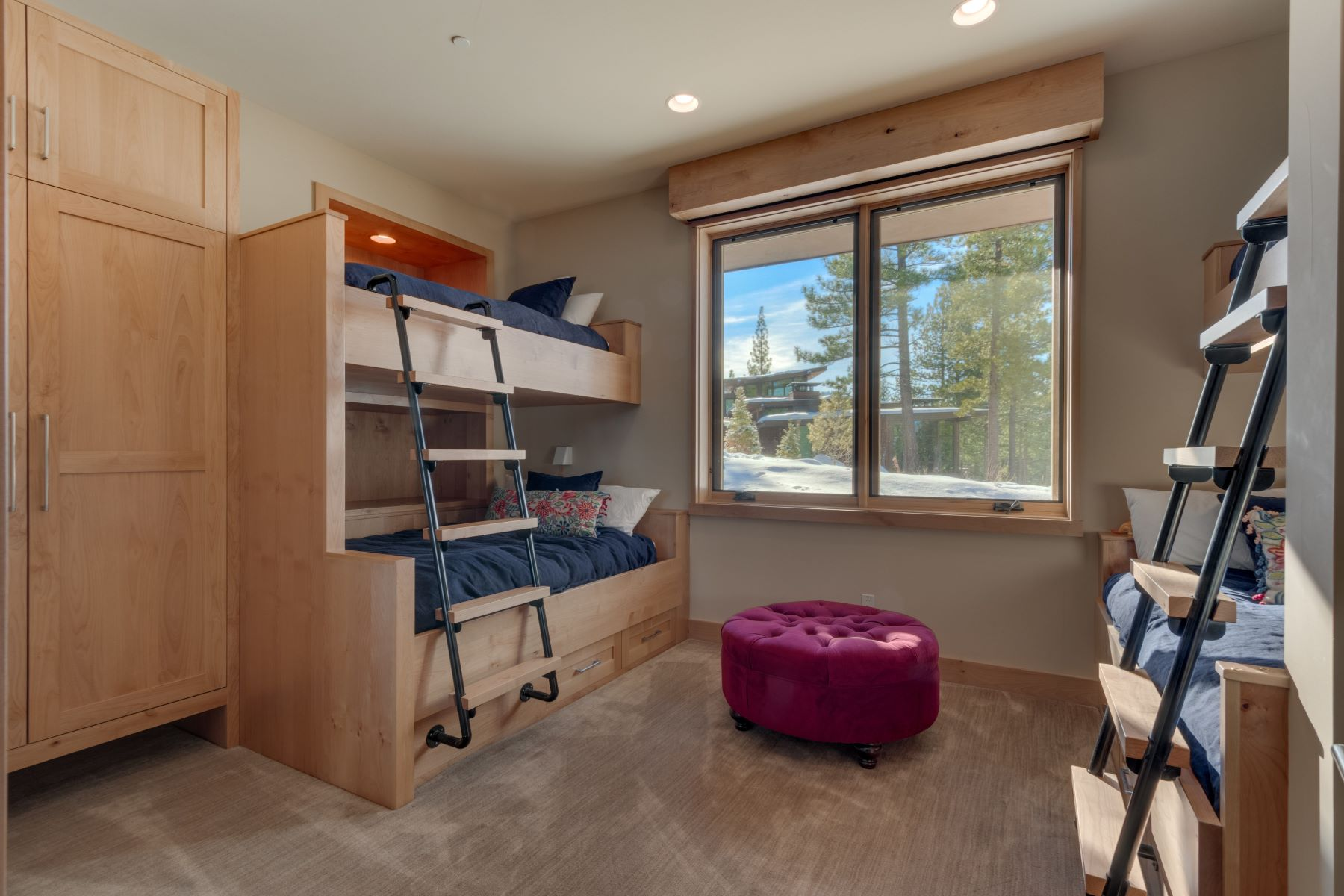 Additional photo for property listing at 8273 Ehrman Drive, Truckee, CA 8273 Ehrman Drive Truckee, California 96161 United States