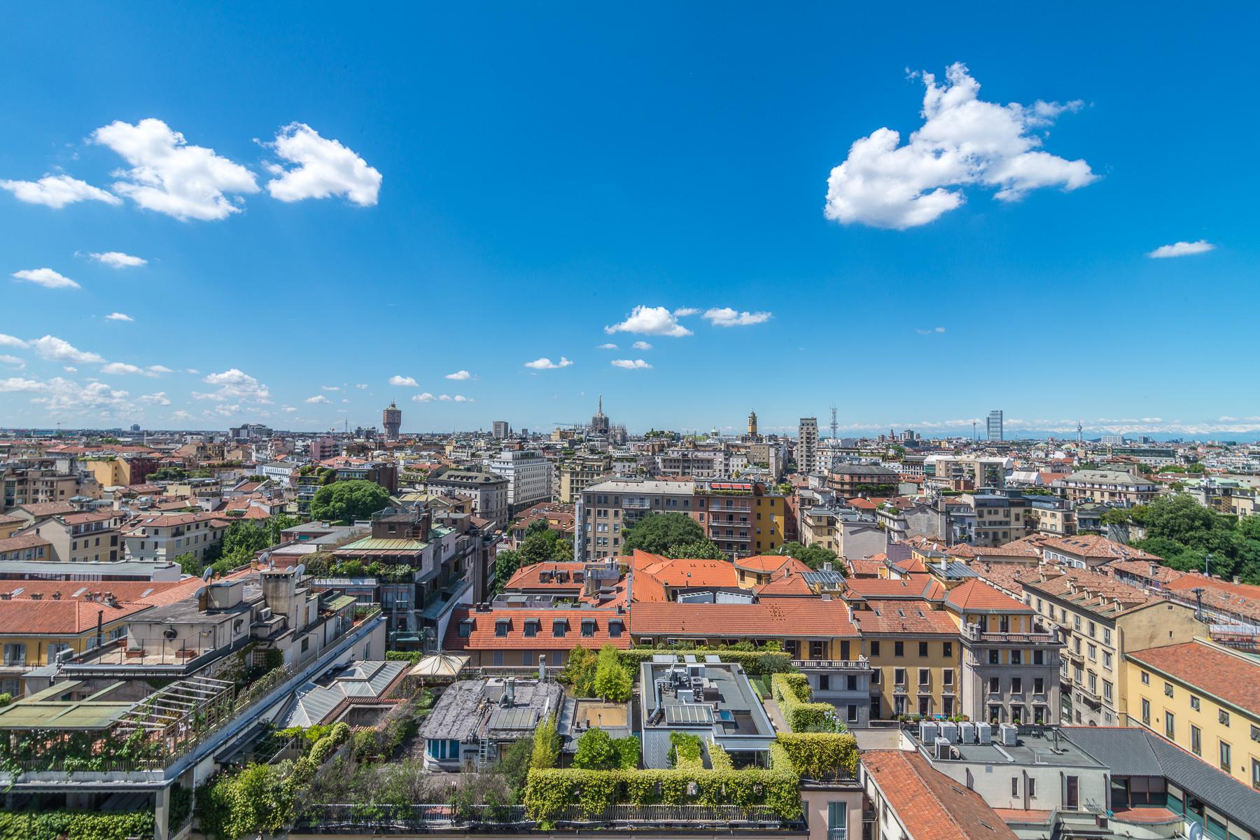 Appartamento per Vendita alle ore Elegante appartamento con spettacolare vista di Milano Corso Monforte Milano, Milano 20122 Italia