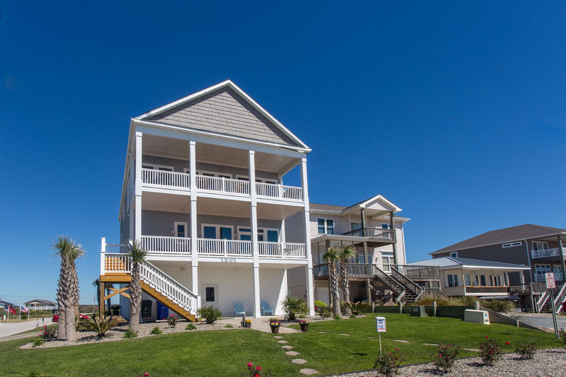 Single Family Homes for Active at Beach Living with Expansive Oceanfront Views 1201 N Shore Drive Surf City, North Carolina 28445 United States