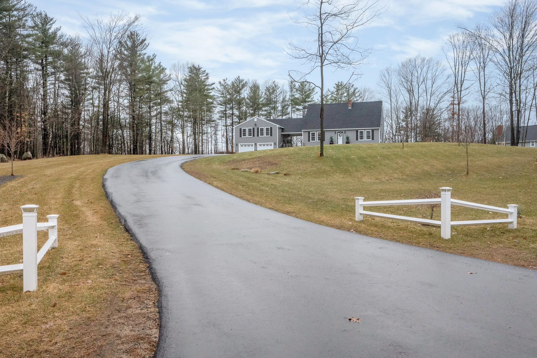 Single Family Homes for Sale at Perfect Year Round Living Indoors and Out! 144 Joe English Road New Boston, New Hampshire 03070 United States